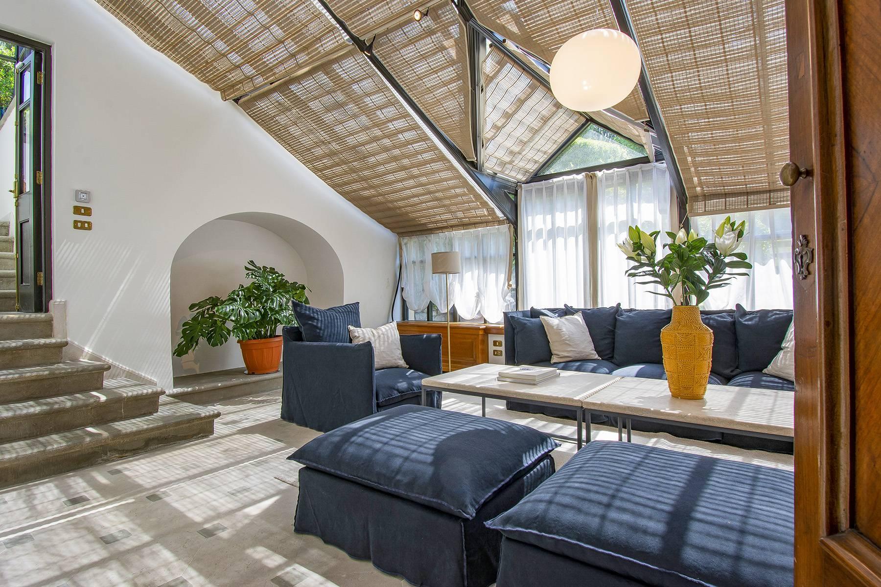 Außergewöhnliche Villa auf den Hügeln um Florenz mit Swimmingpool und Fitnessraum - 15