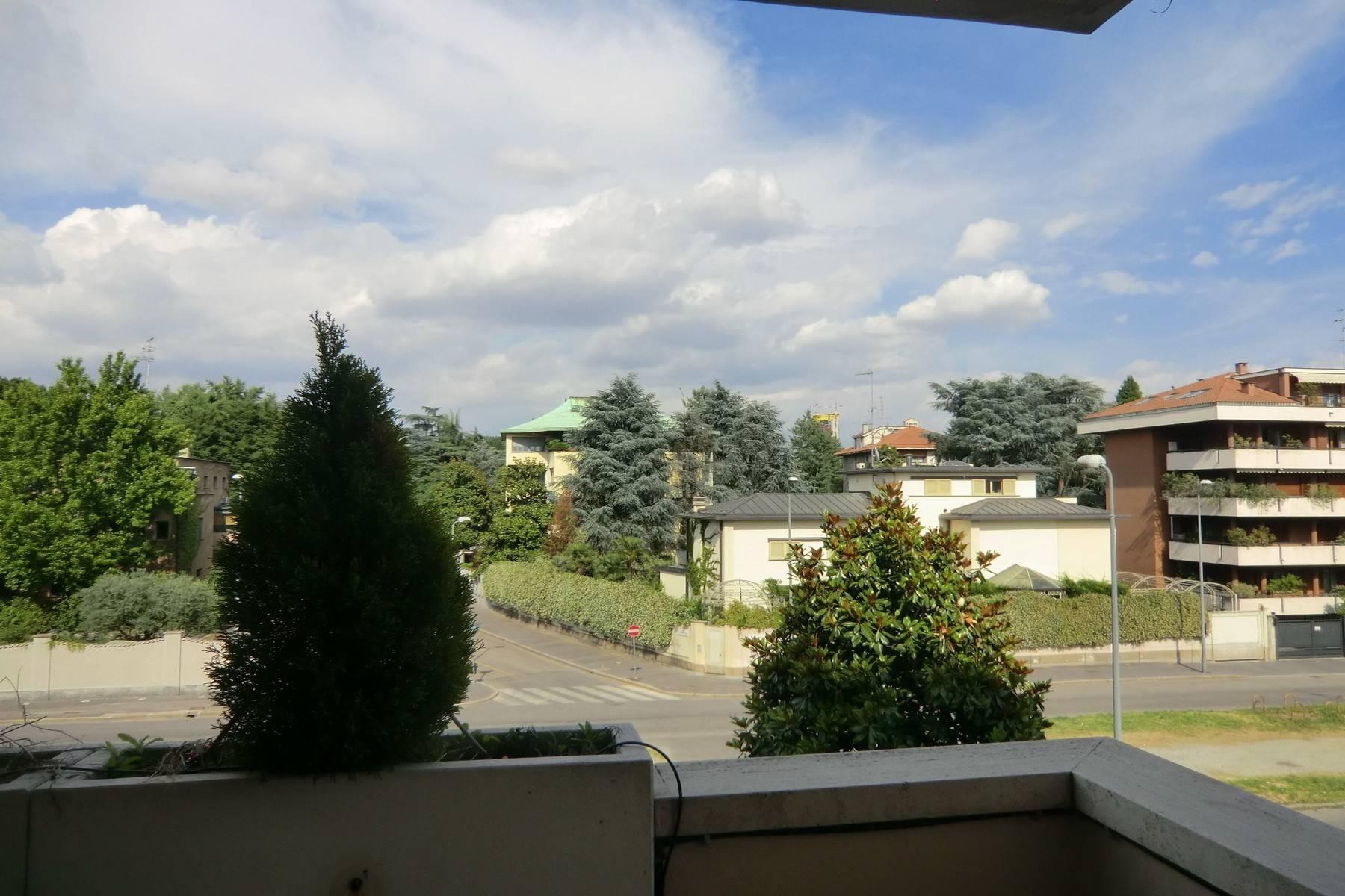 Nuovo appartamento moderno con ampio terrazzo - 18