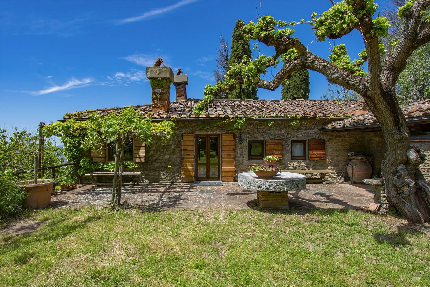 Tipico casale Toscano con vista incantevole su Arezzo - 1