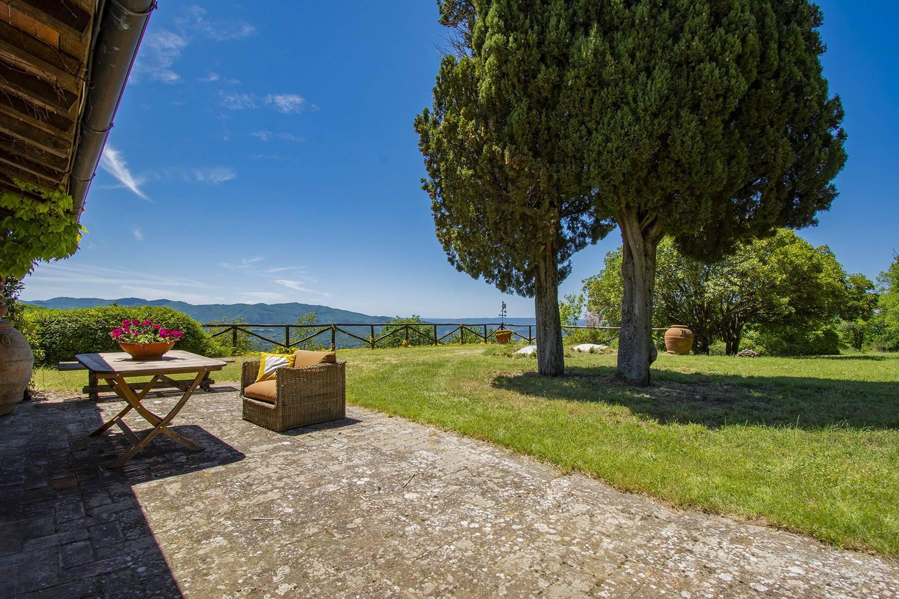 Tipico casale Toscano con vista incantevole su Arezzo - 33