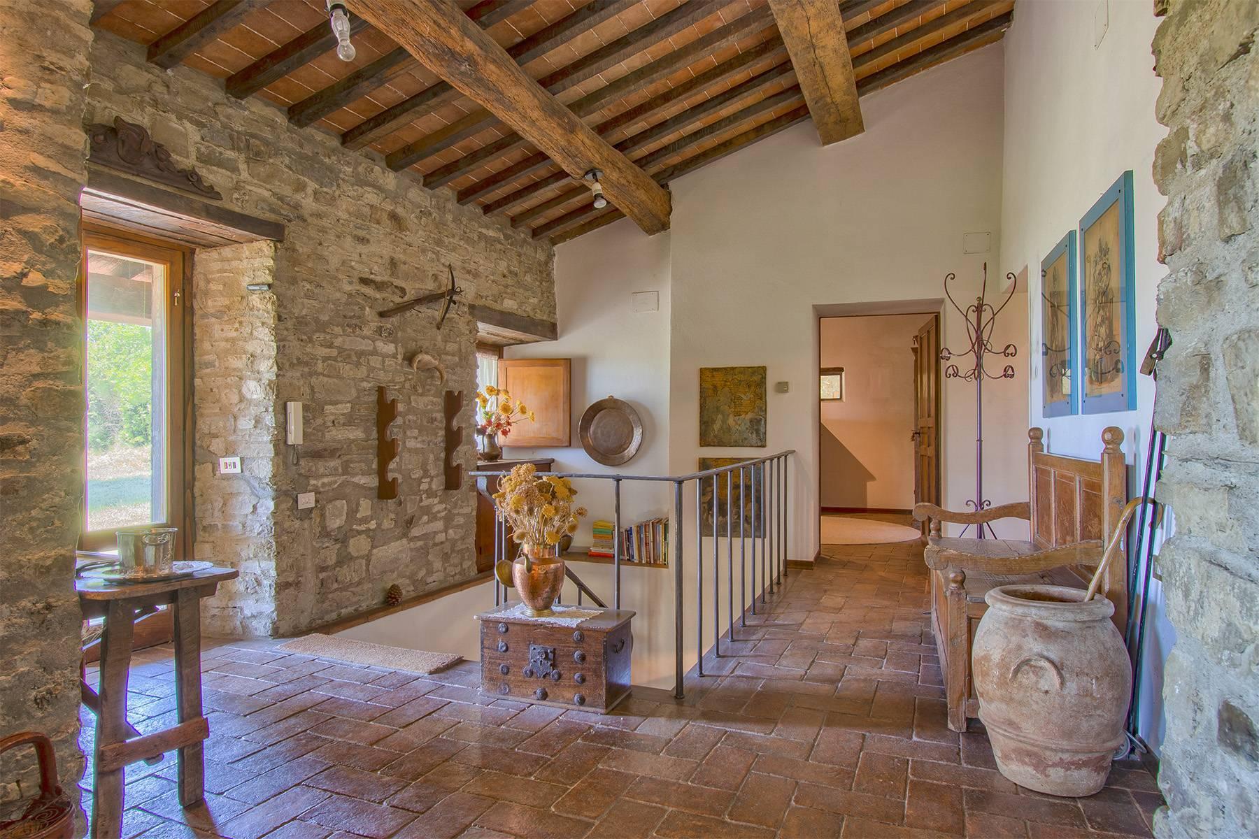 Tipico casale Toscano con vista incantevole su Arezzo - 11