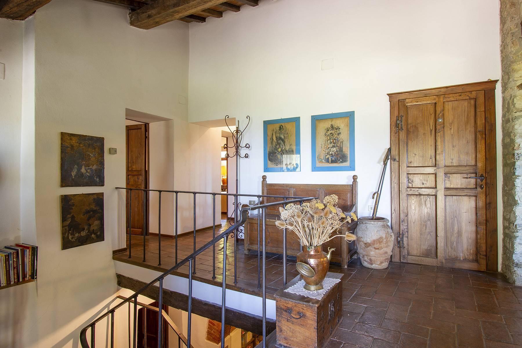 Tipico casale Toscano con vista incantevole su Arezzo - 12