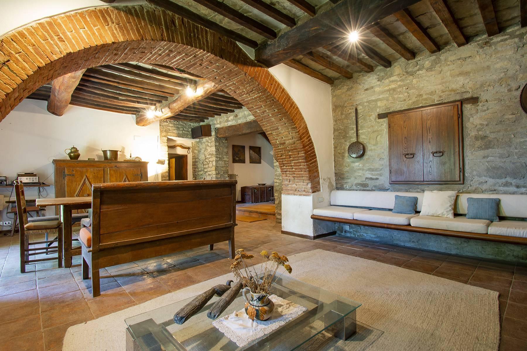 Tipico casale Toscano con vista incantevole su Arezzo - 20