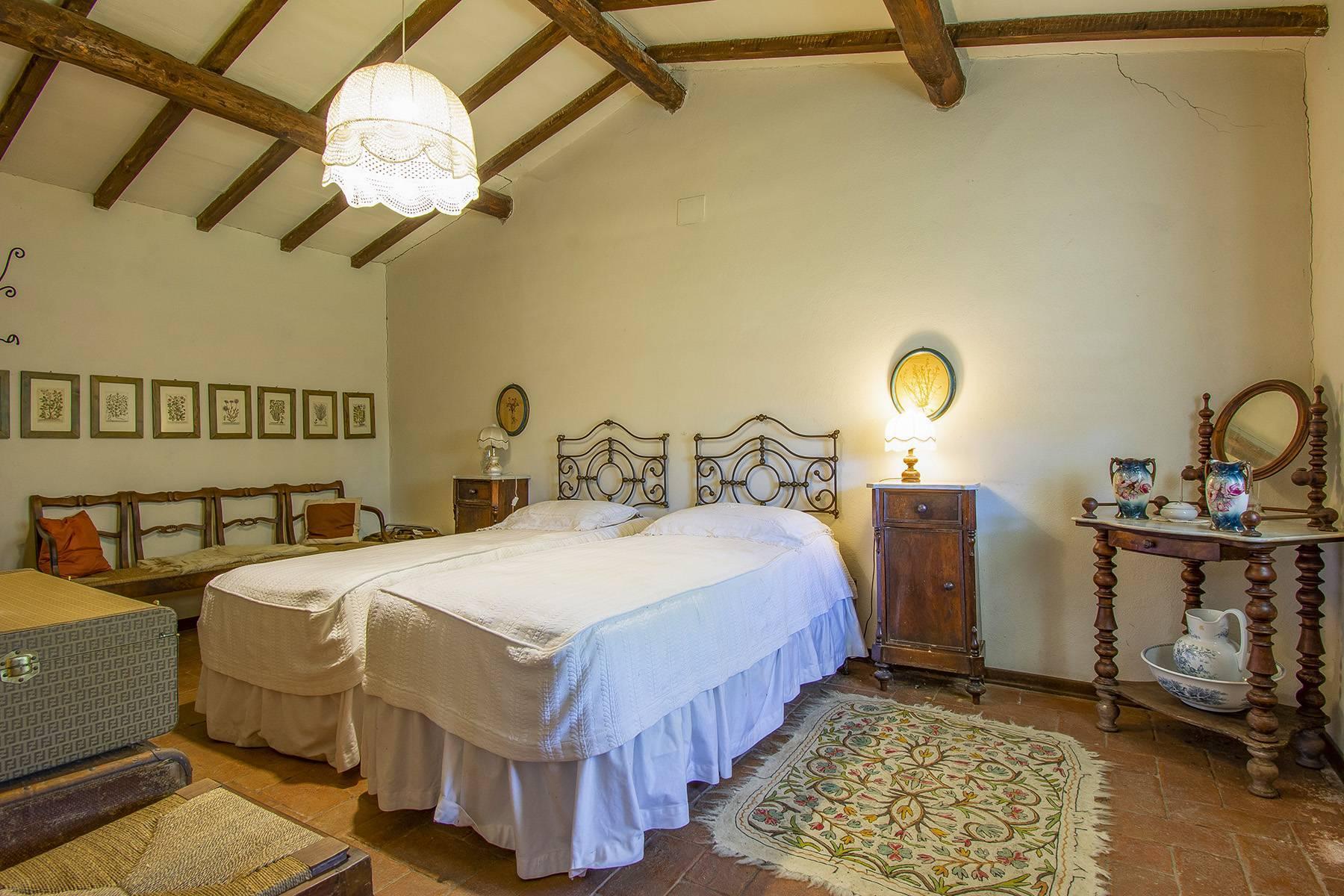 Tipico casale Toscano con vista incantevole su Arezzo - 19