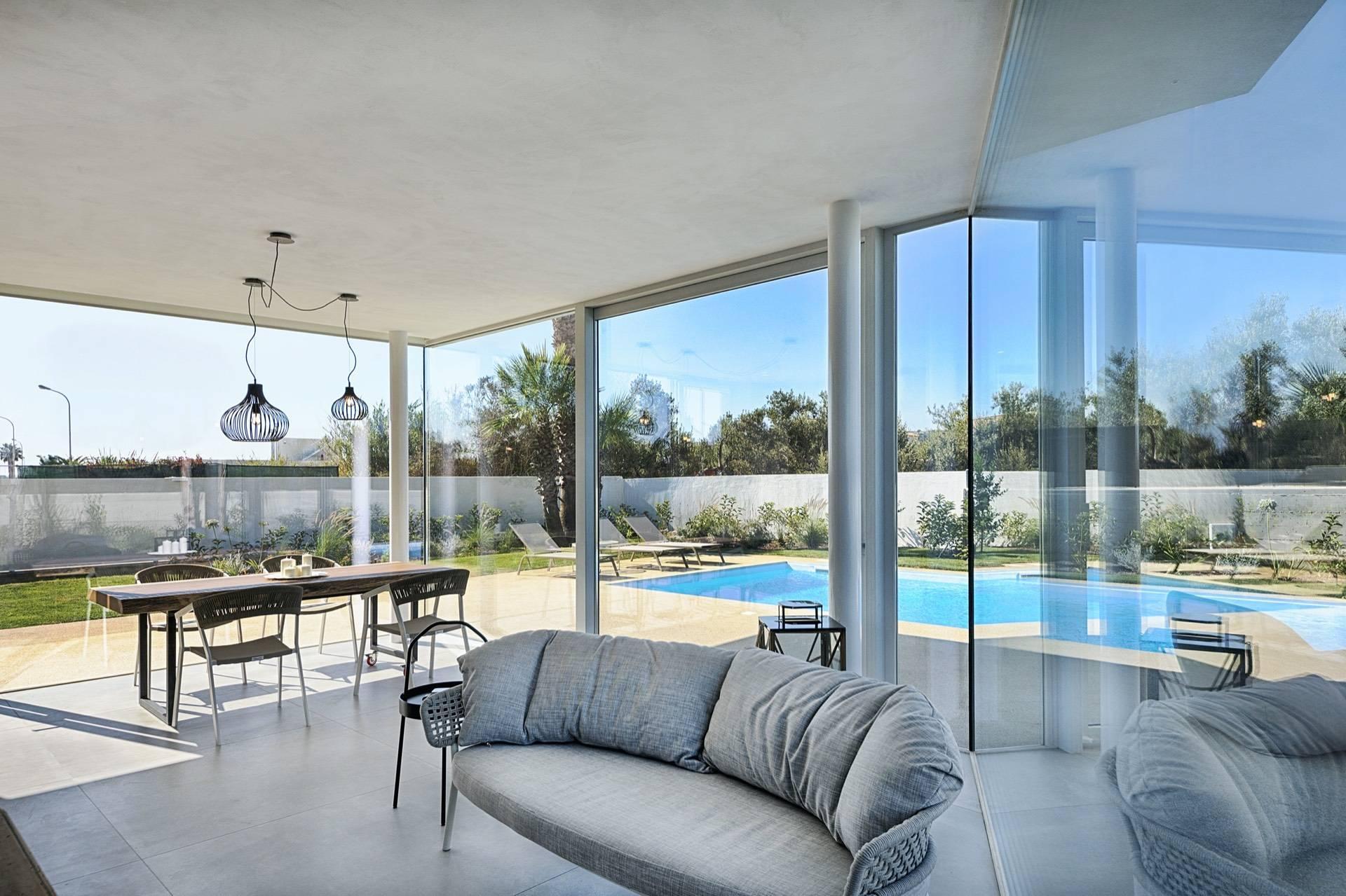 Villa indipendente con piscina a pochi passi dal mare - 4