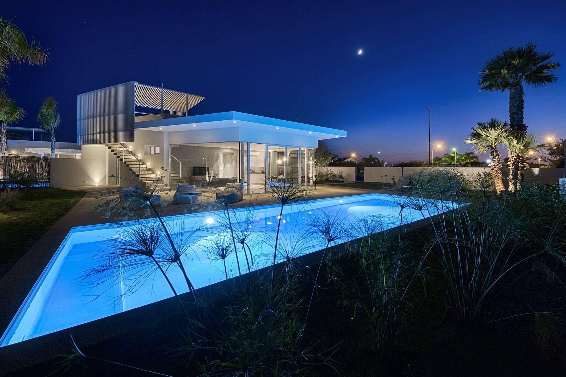 Villa indipendente con piscina a pochi passi dal mare - 2