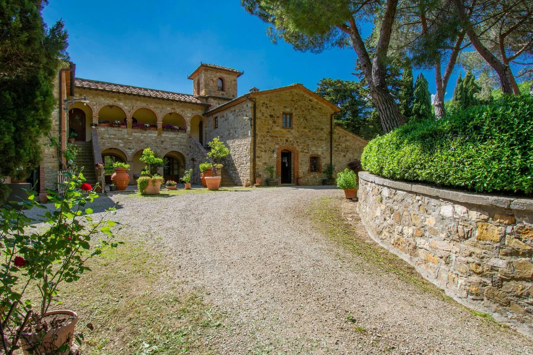 Esclusive wine estate in the heart of Chianti classico - 4