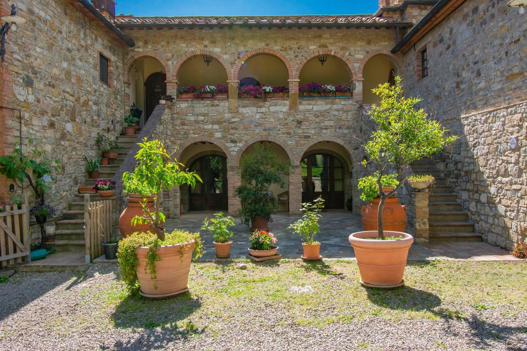 Esclusive wine estate in the heart of Chianti classico - 26