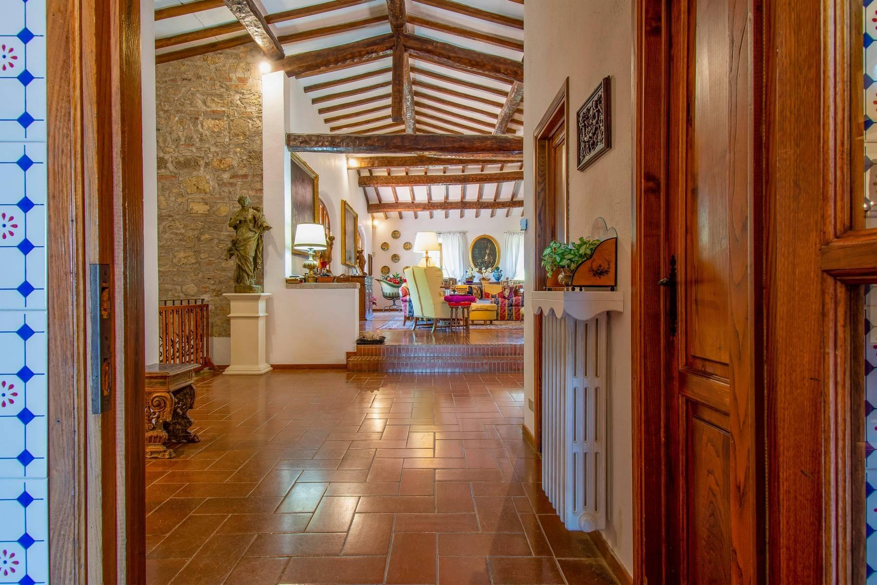 Esclusive wine estate in the heart of Chianti classico - 30