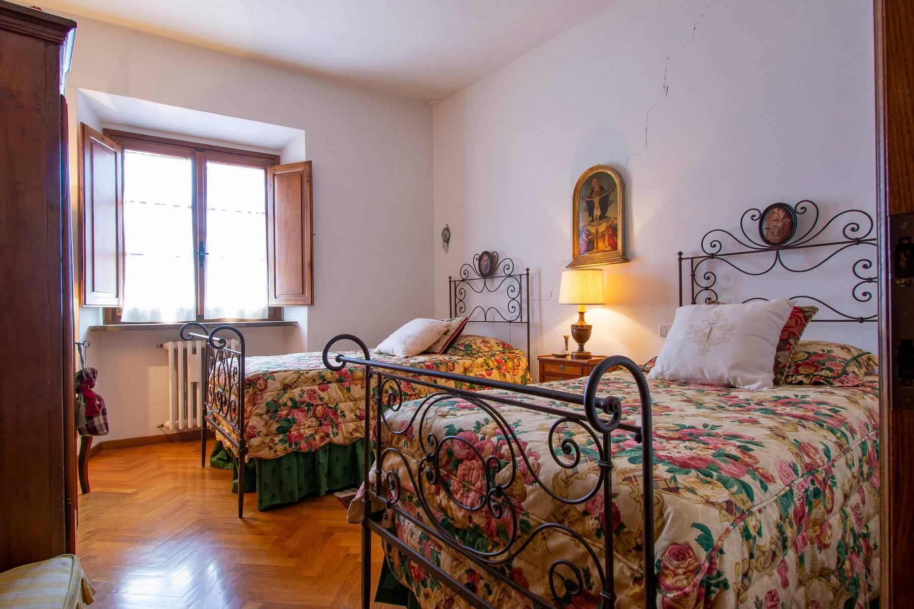 Esclusive wine estate in the heart of Chianti classico - 13