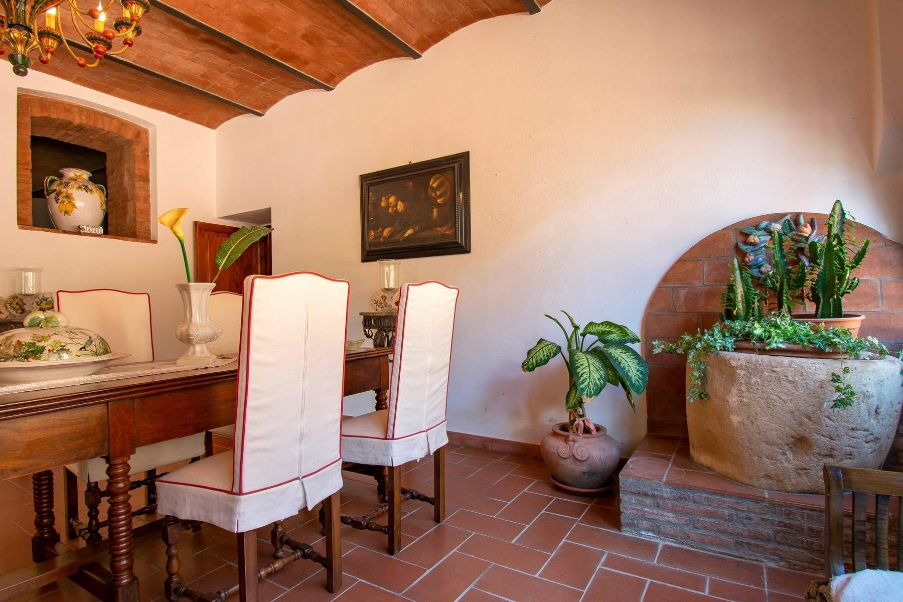 Esclusive wine estate in the heart of Chianti classico - 35