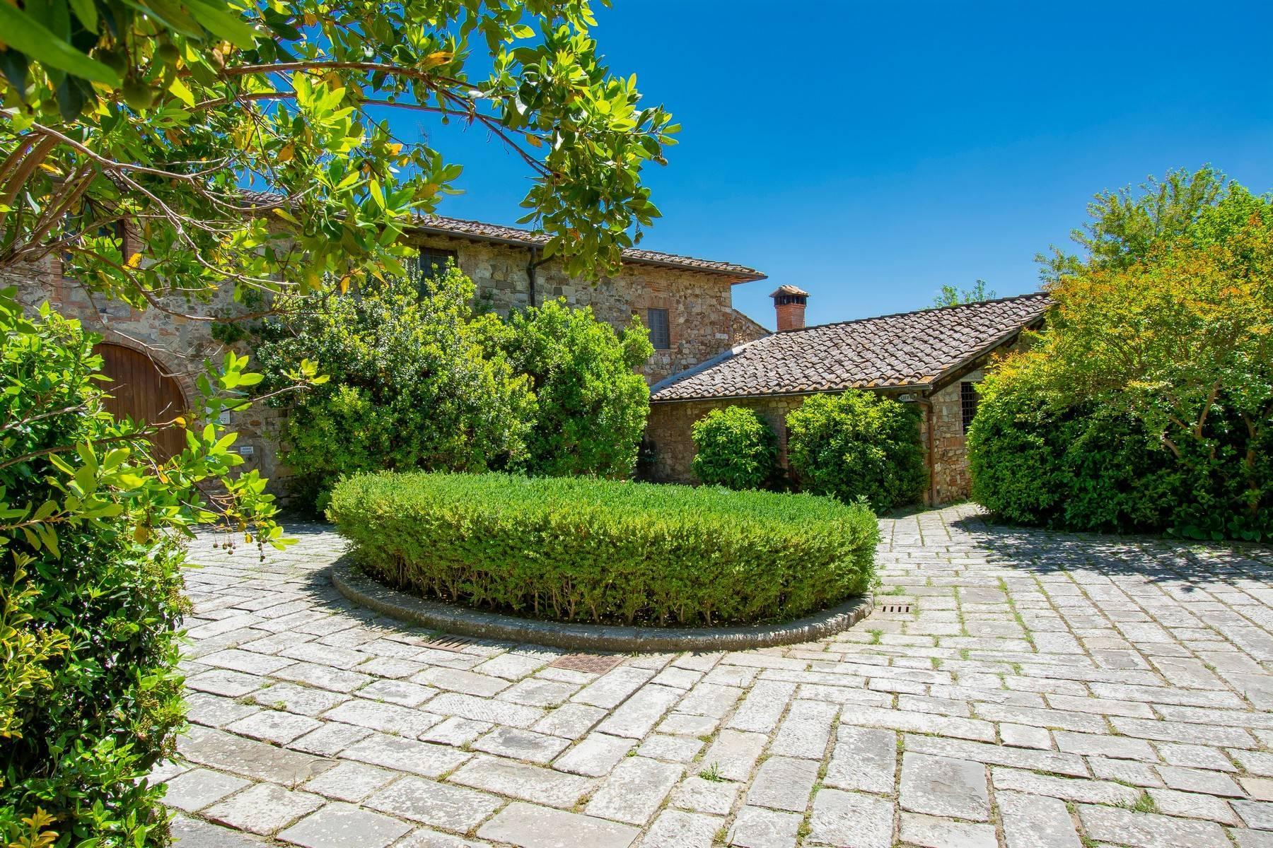 Esclusive wine estate in the heart of Chianti classico - 37