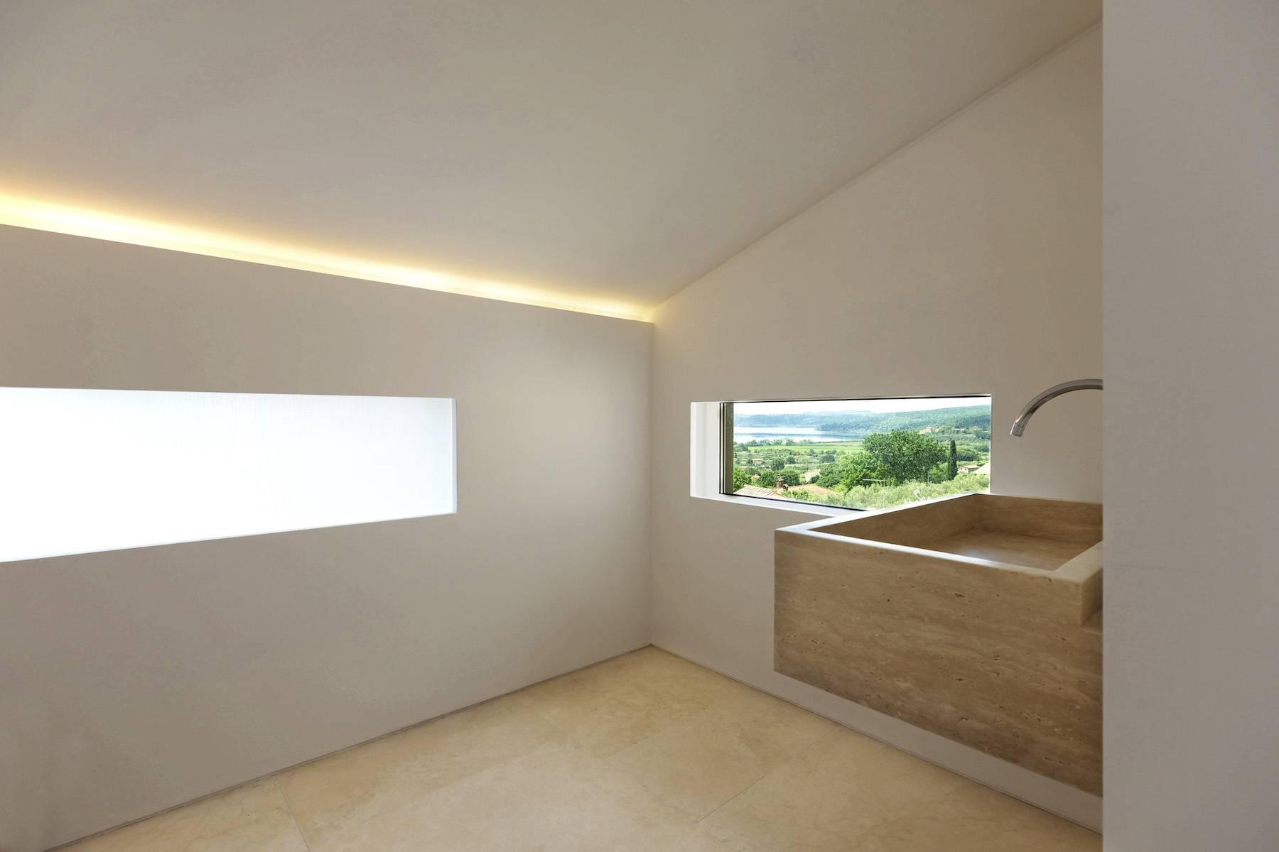 Modern penthouse overlooking Lake Bracciano - 10