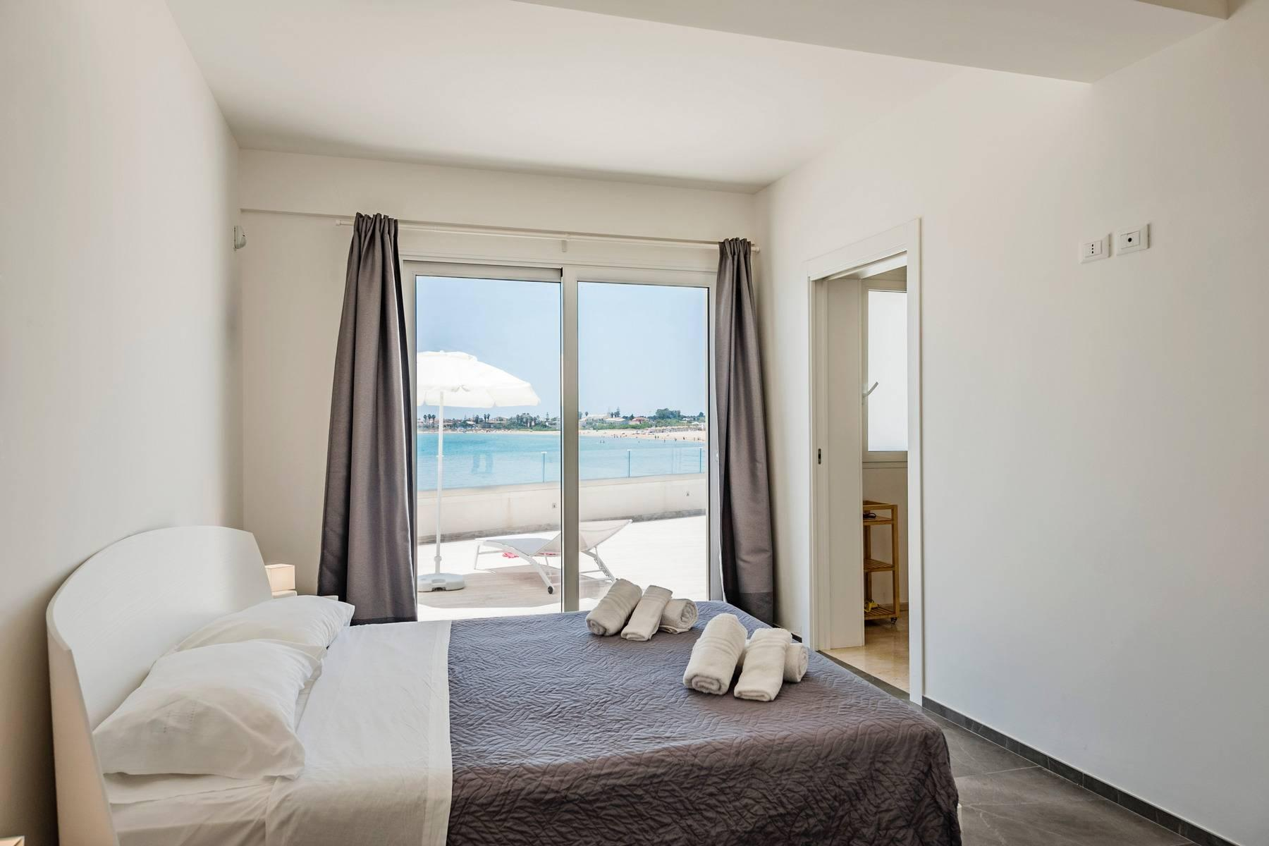 Exclusive villa with sea view in Avola - 9