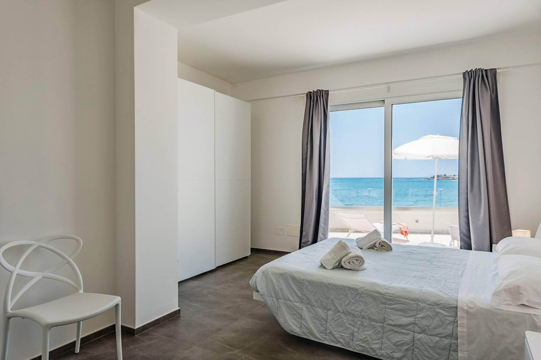 Exclusive villa with sea view in Avola - 13