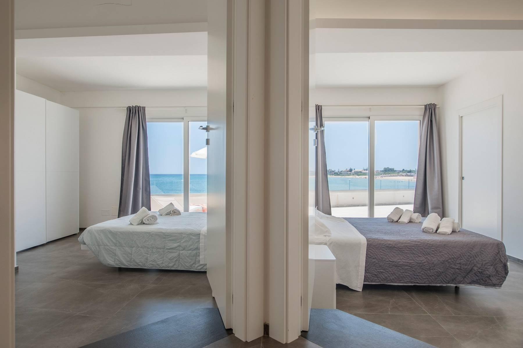 Exclusive villa with sea view in Avola - 8