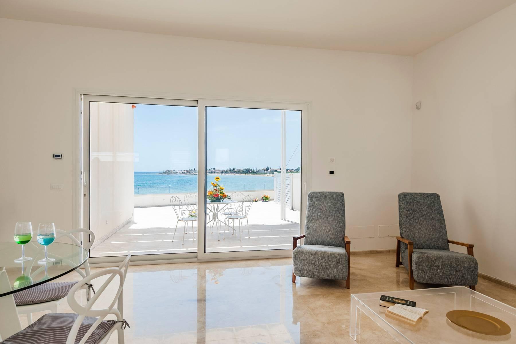 Exclusive villa with sea view in Avola - 5
