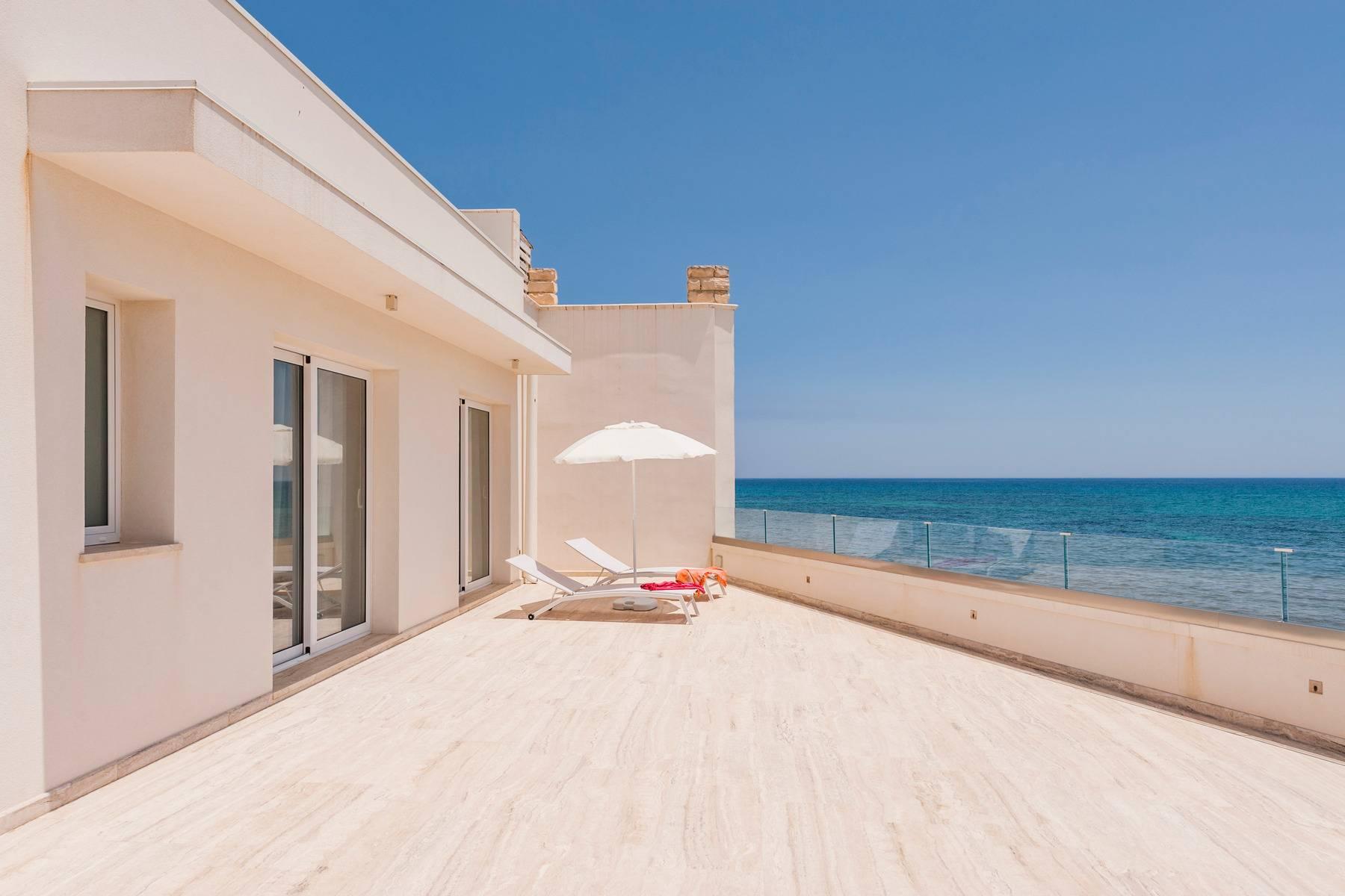 Exclusive villa with sea view in Avola - 16