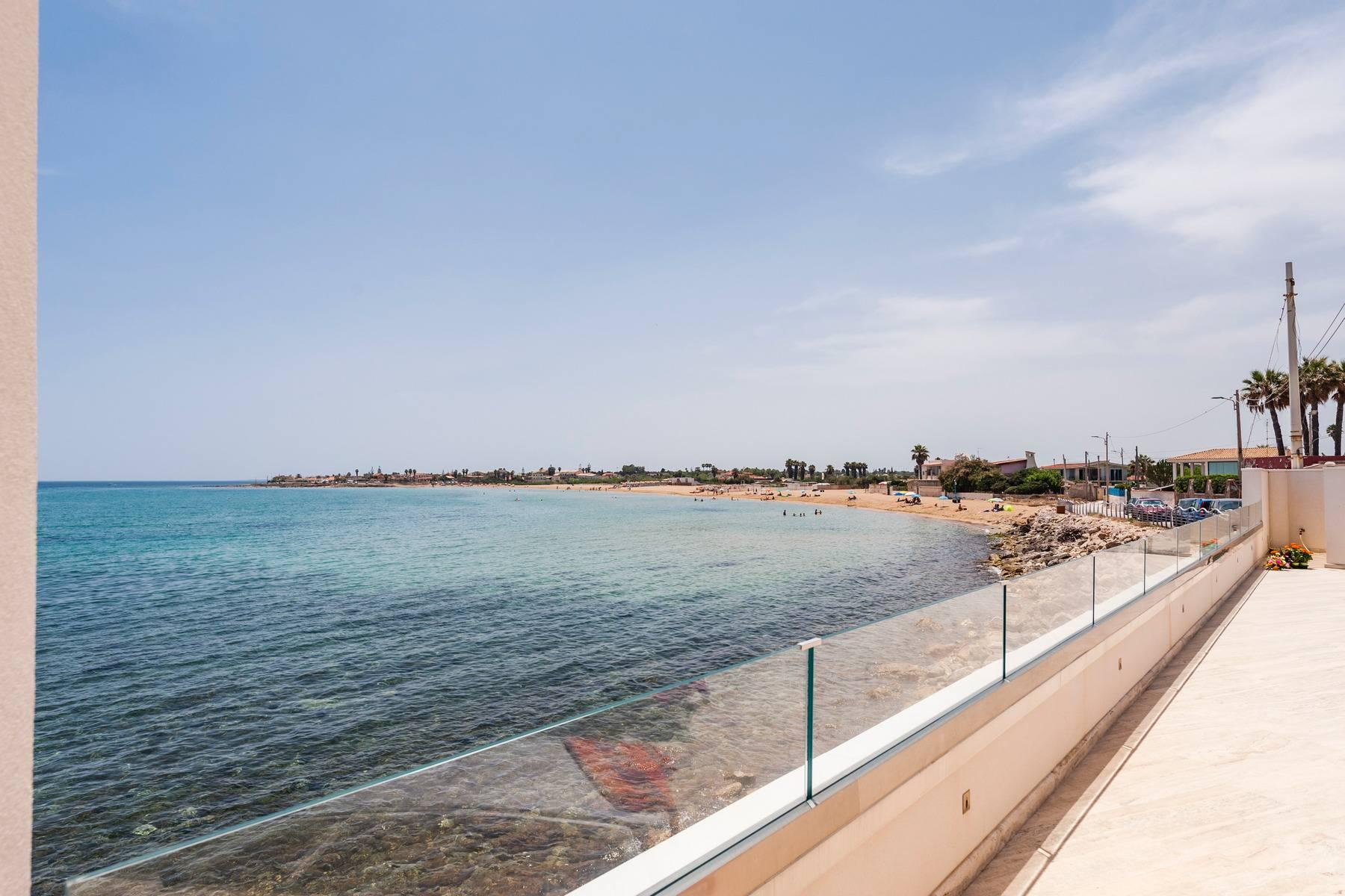 Exclusive villa with sea view in Avola - 6