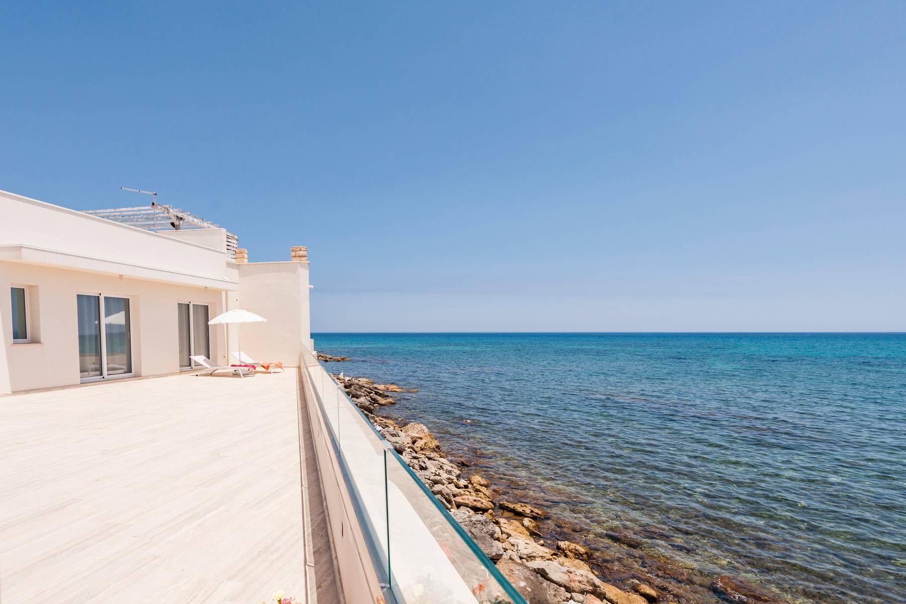 Exclusive villa with sea view in Avola - 18
