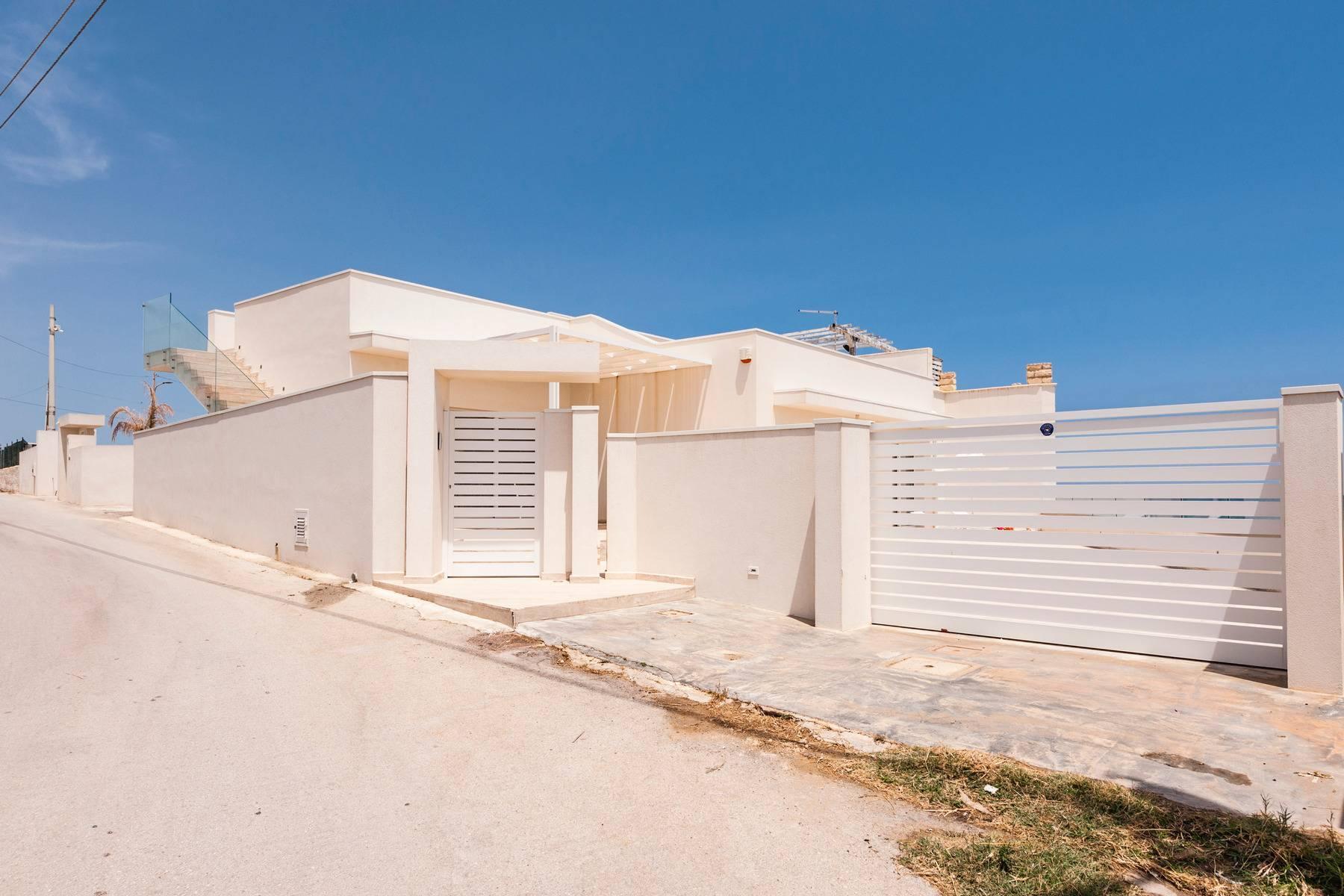 Exclusive villa with sea view in Avola - 17