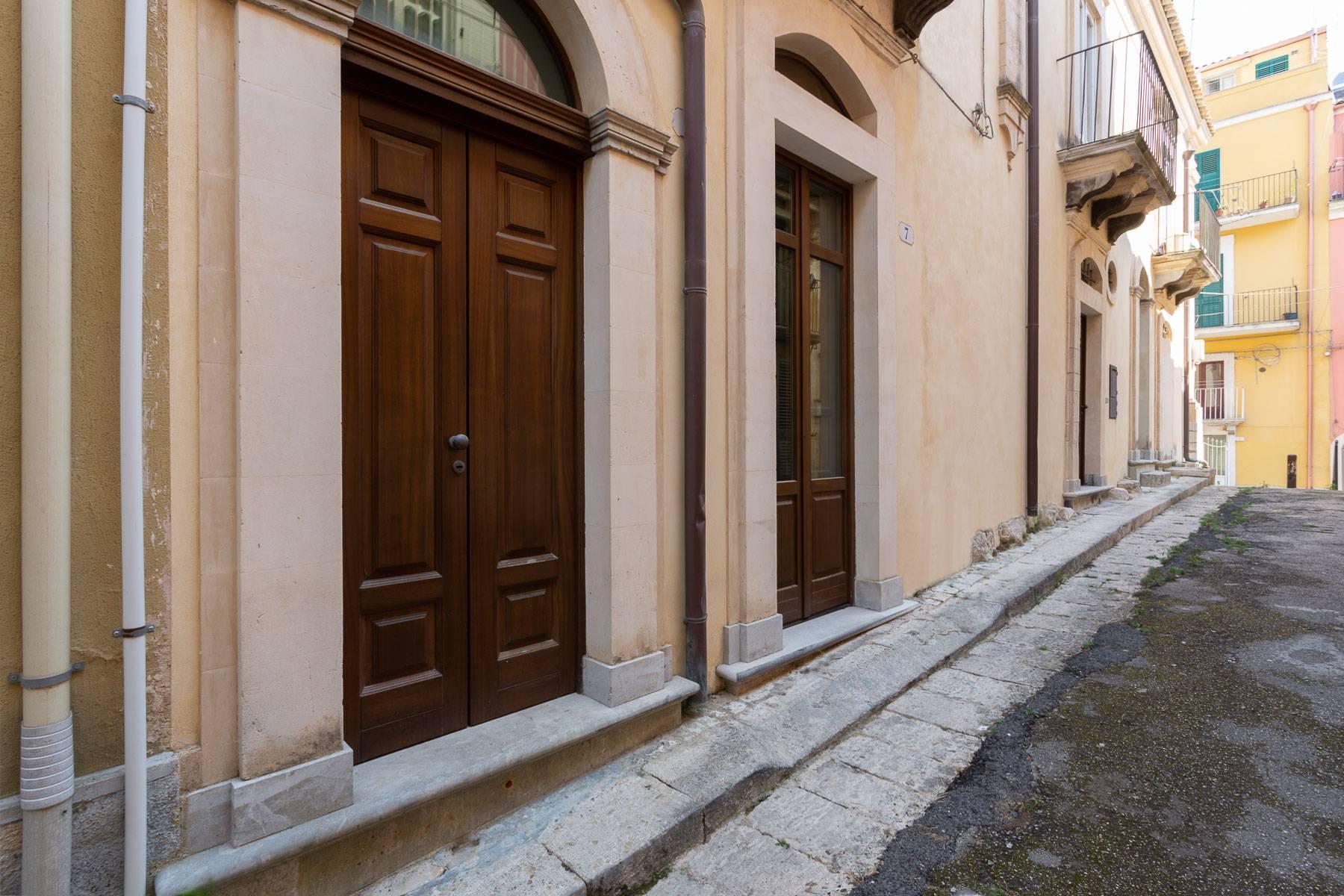 Renommiertes Haus im historischen Zentrum von Ragusa - 24