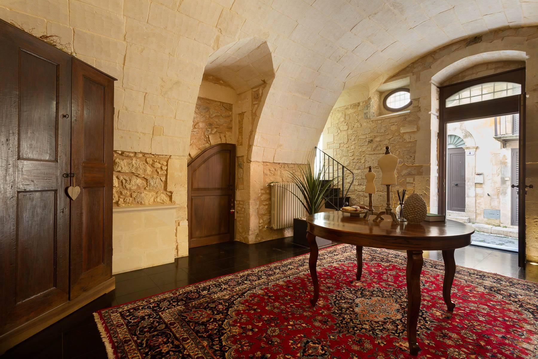 Casa di pregio nel centro storico di Ragusa - 5