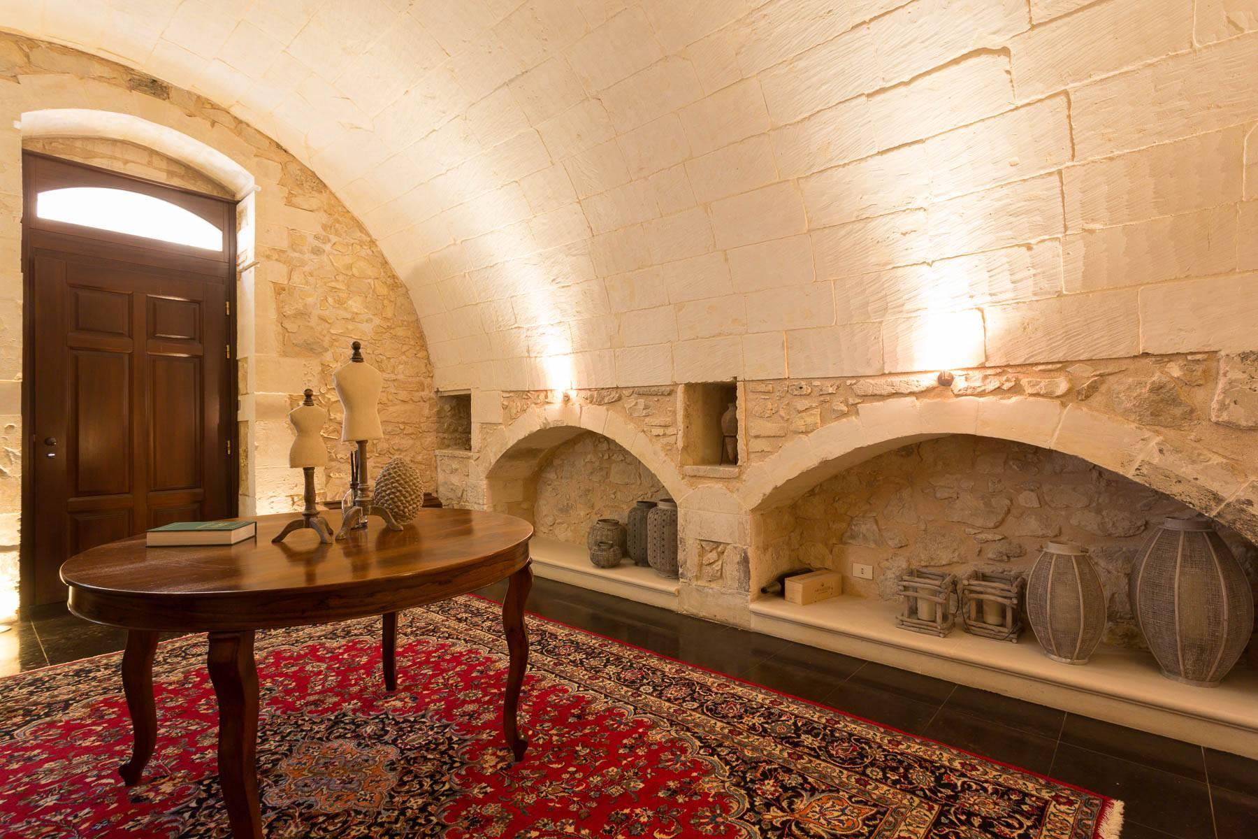 Renommiertes Haus im historischen Zentrum von Ragusa - 13