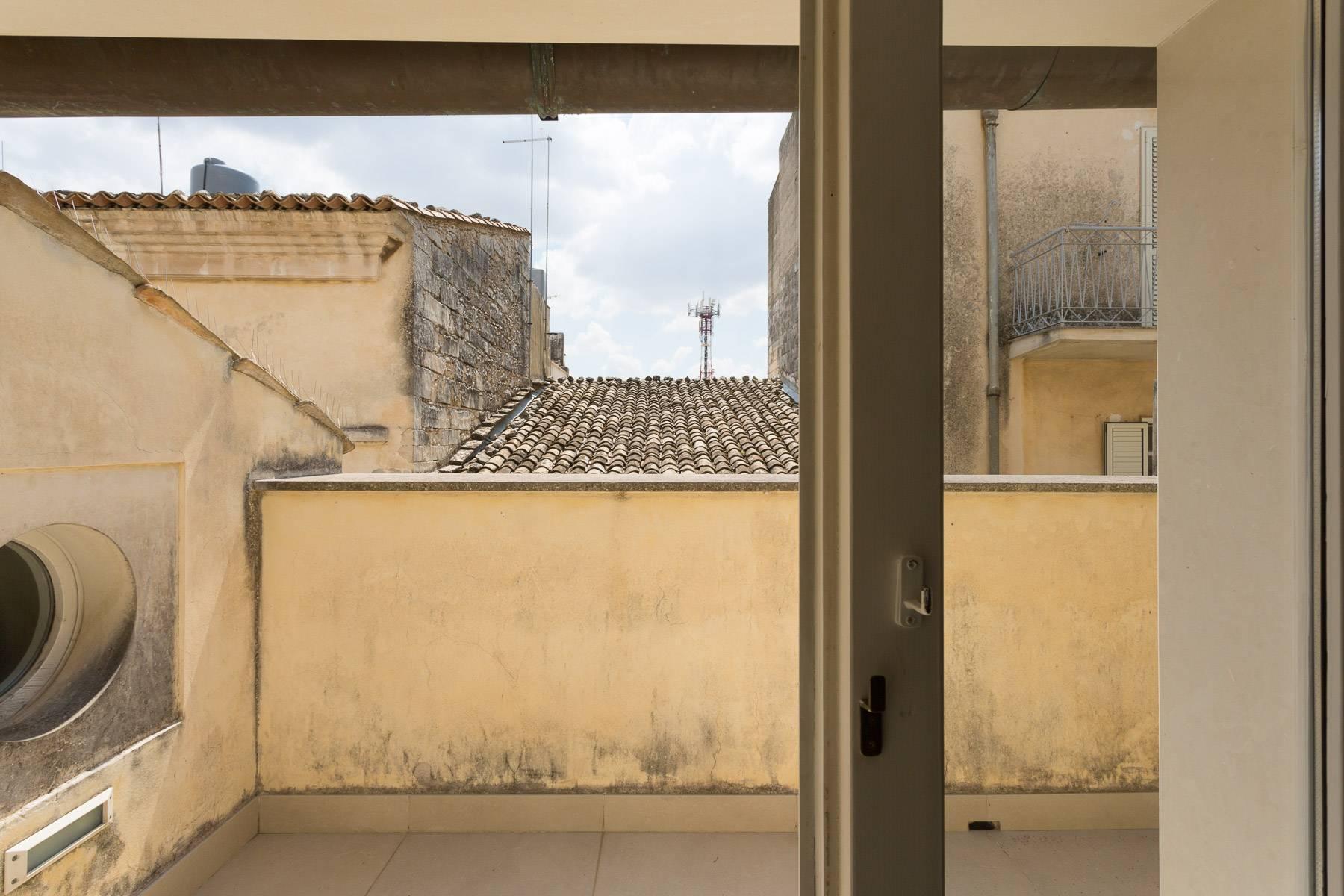 Renommiertes Haus im historischen Zentrum von Ragusa - 43