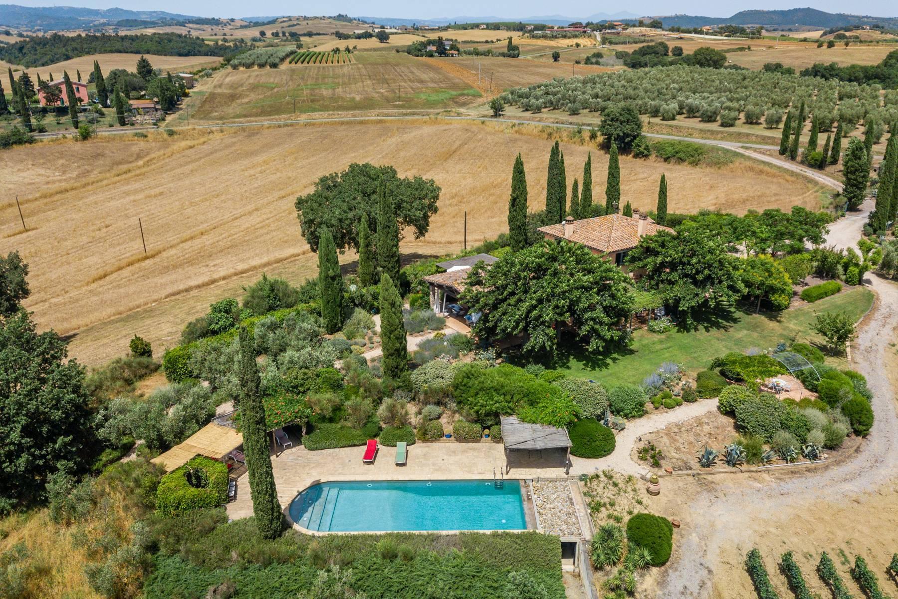 Spendida villa con piscina - 2