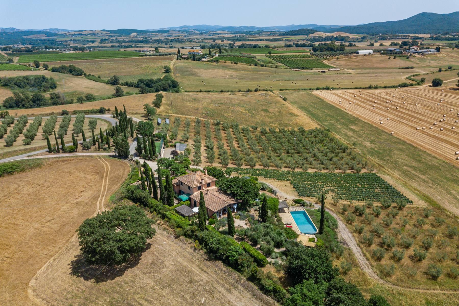Spendida villa con piscina - 1