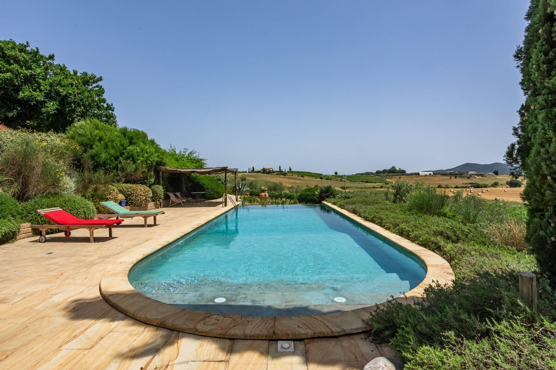 Spendida villa con piscina - 4