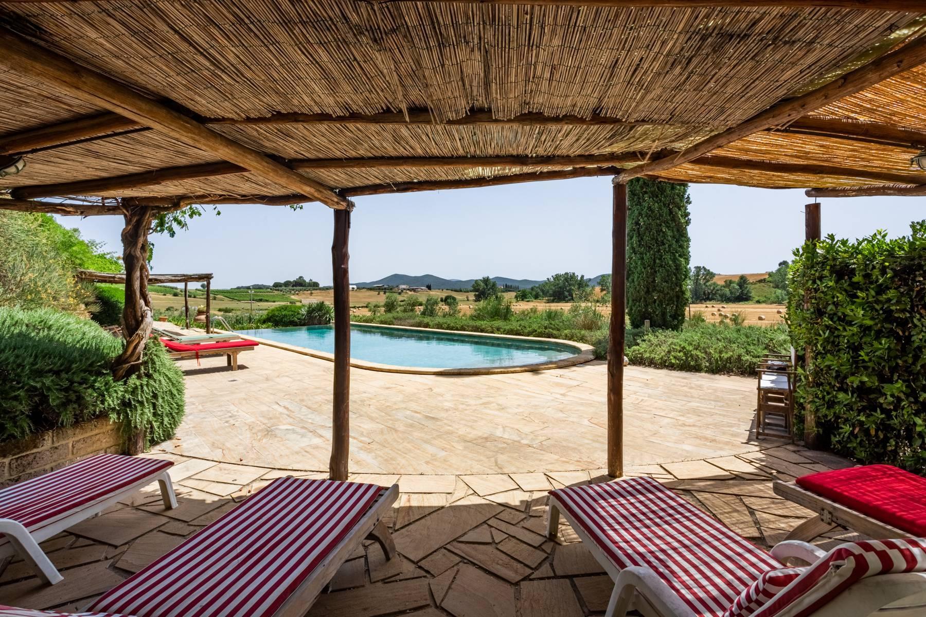 Spendida villa con piscina - 7