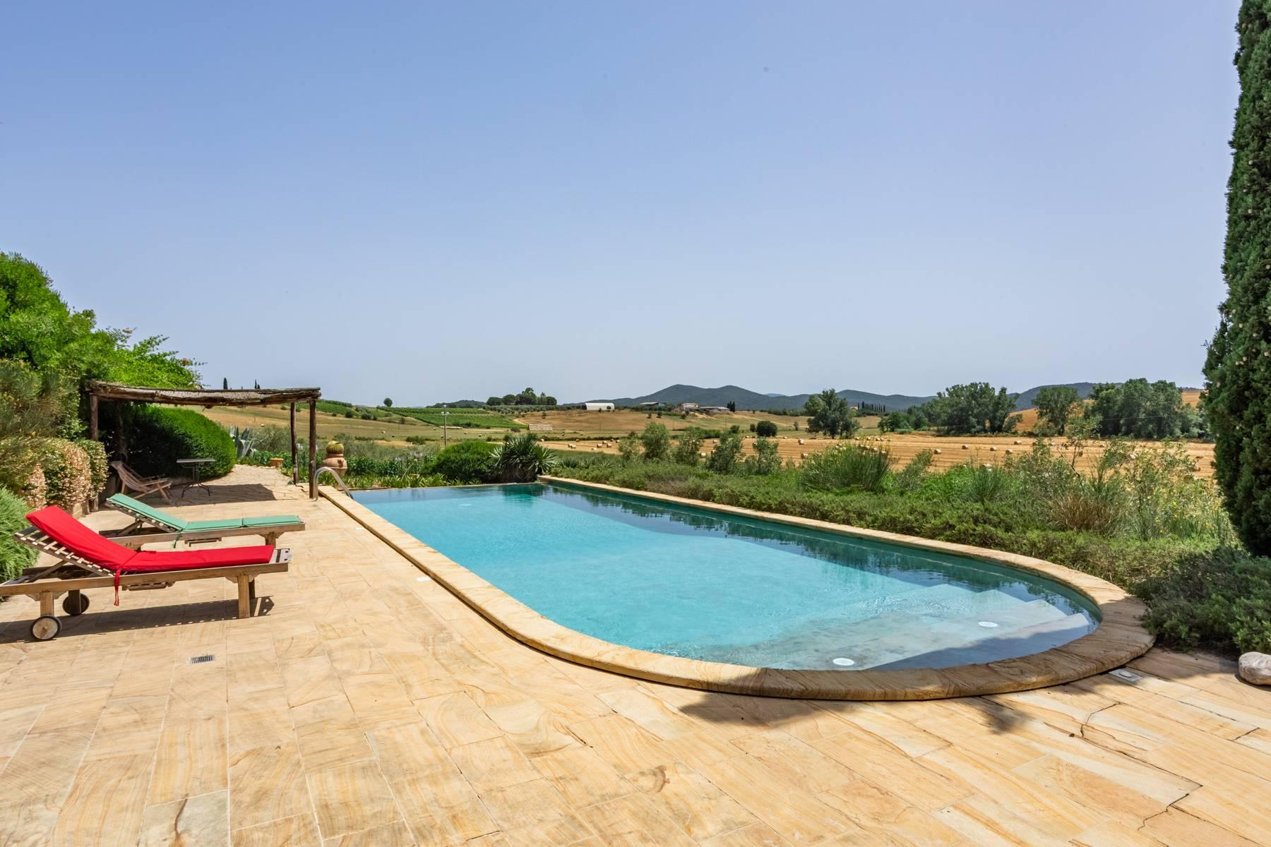 Spendida villa con piscina - 43
