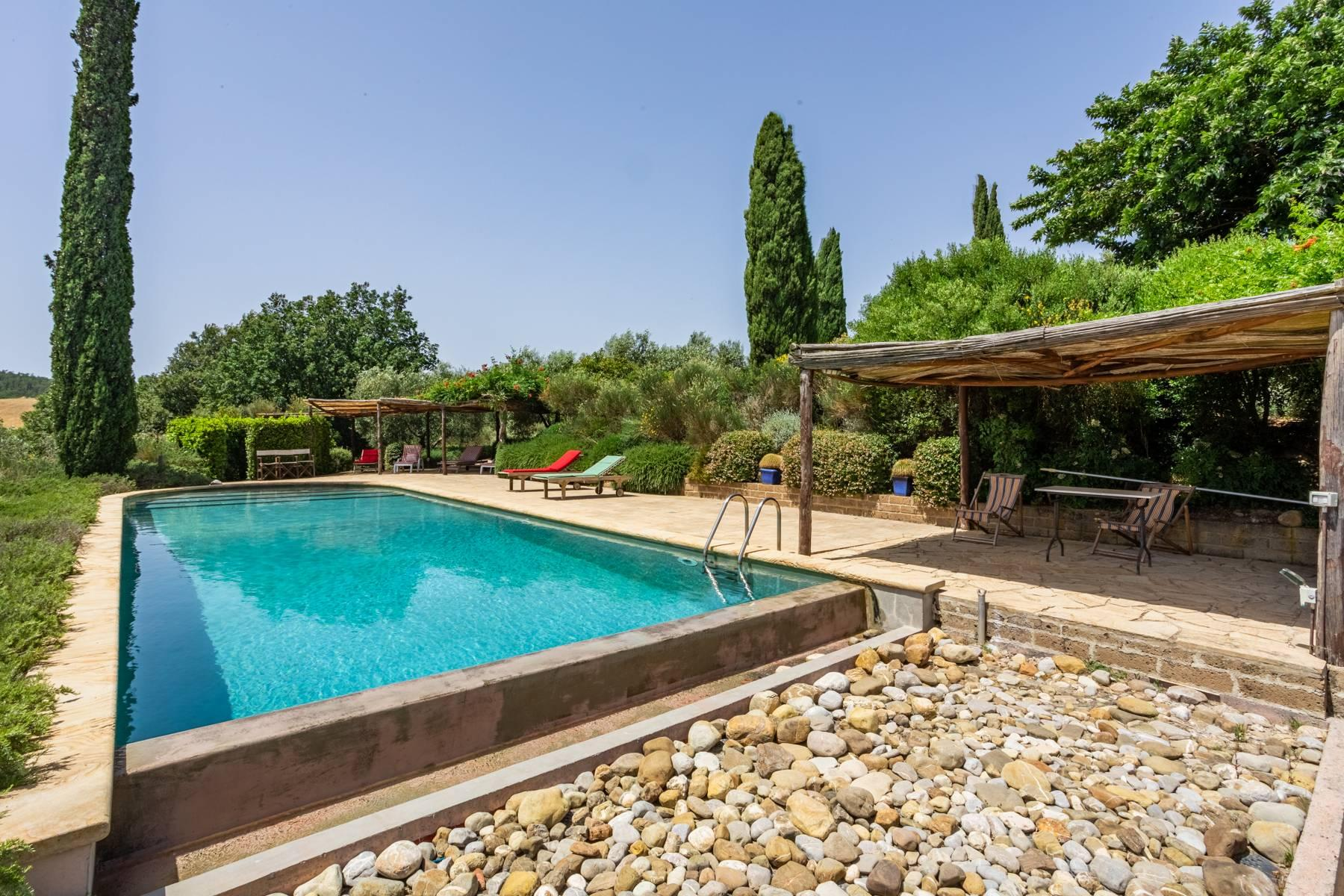 Spendida villa con piscina - 44