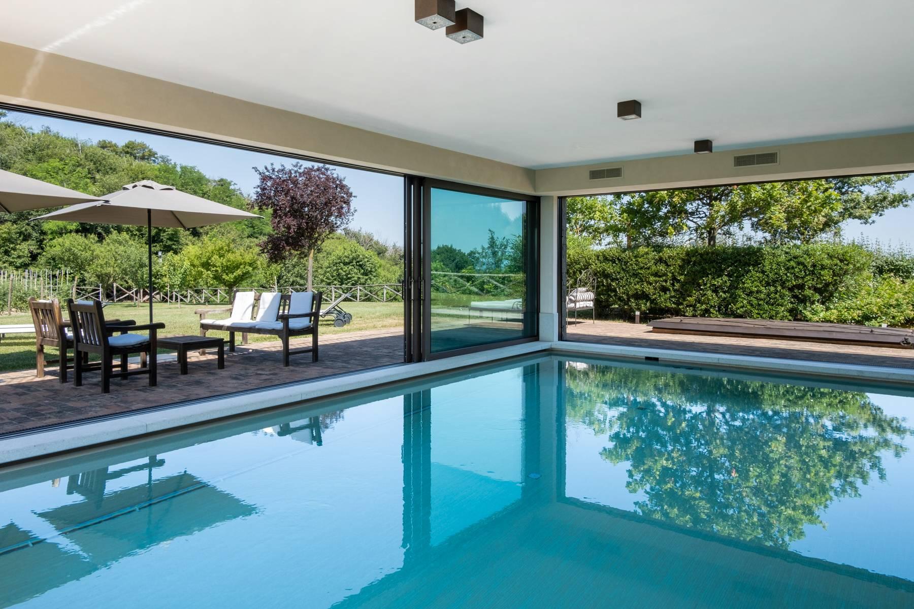 Fabelhaft renoviertes Bauernhaus auf den Hügeln mit Schwimmbad und landwirtschaftlichem Anwesen mit Weinbergen - 2