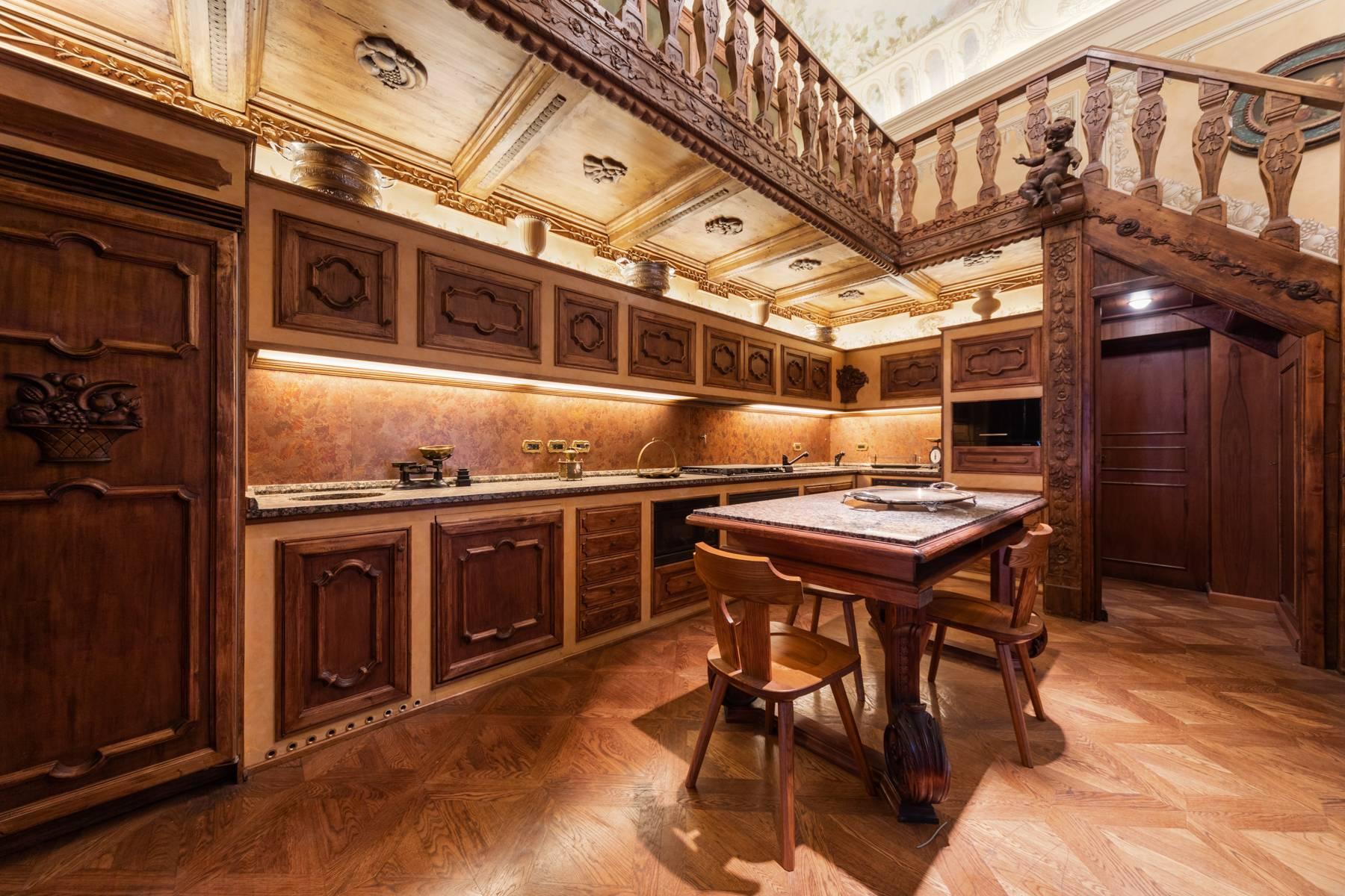 Palazzo Tanari, una perla del barocco emiliano - 6