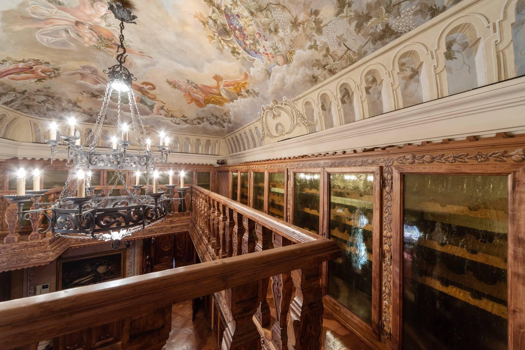 Palazzo Tanari, una perla del barocco emiliano - 13