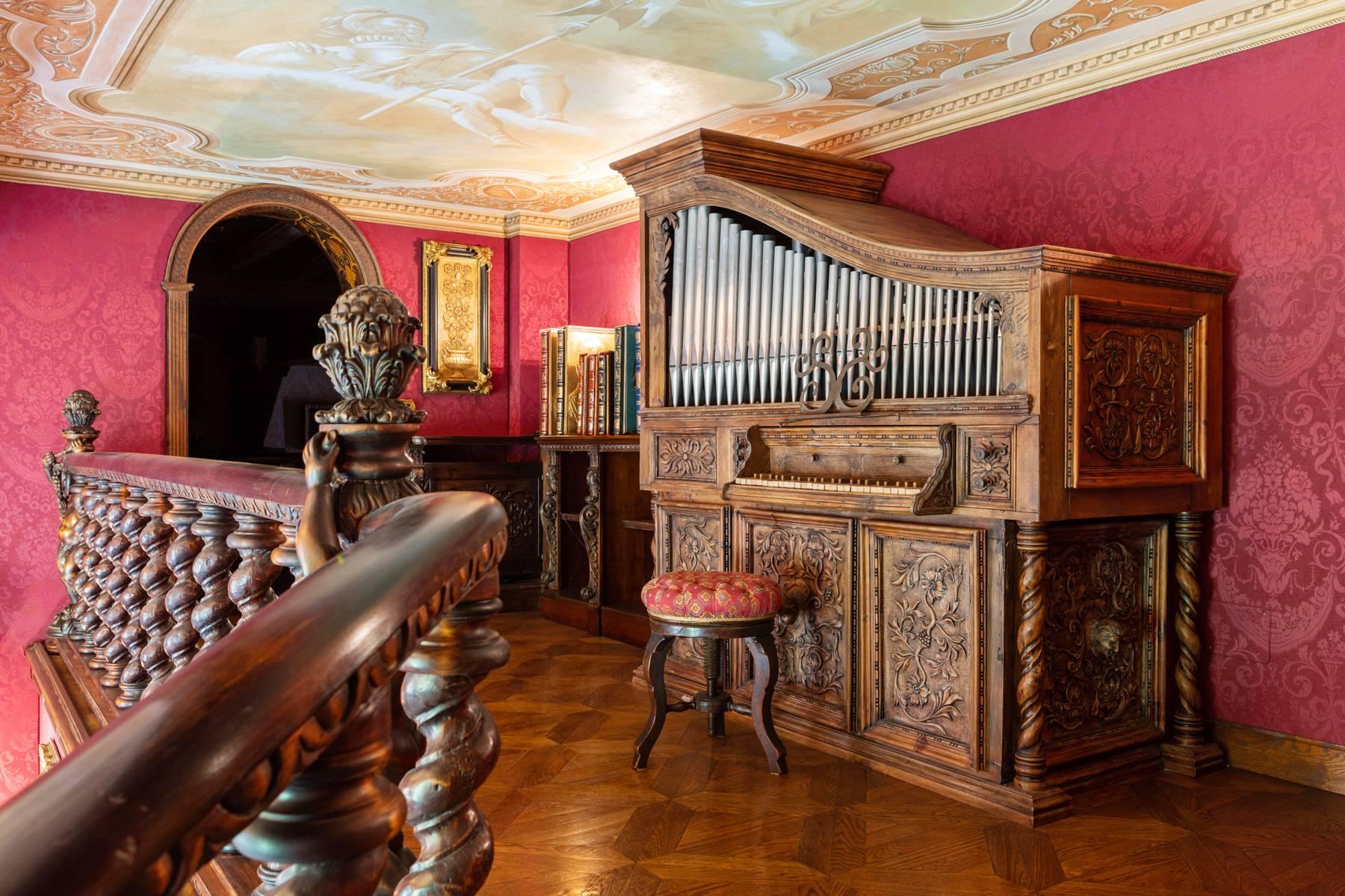 Palazzo Tanari, una perla del barocco emiliano - 11
