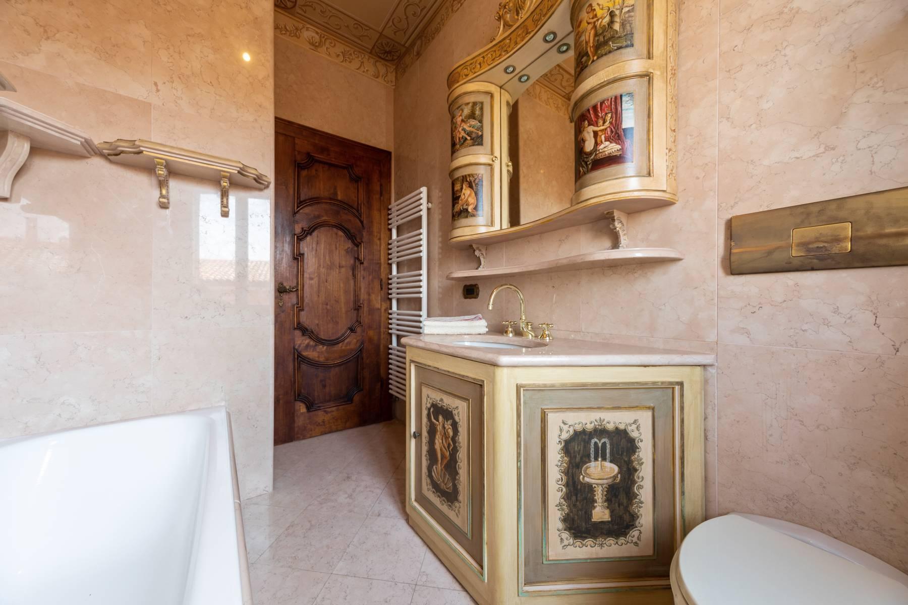 Palazzo Tanari, una perla del barocco emiliano - 24