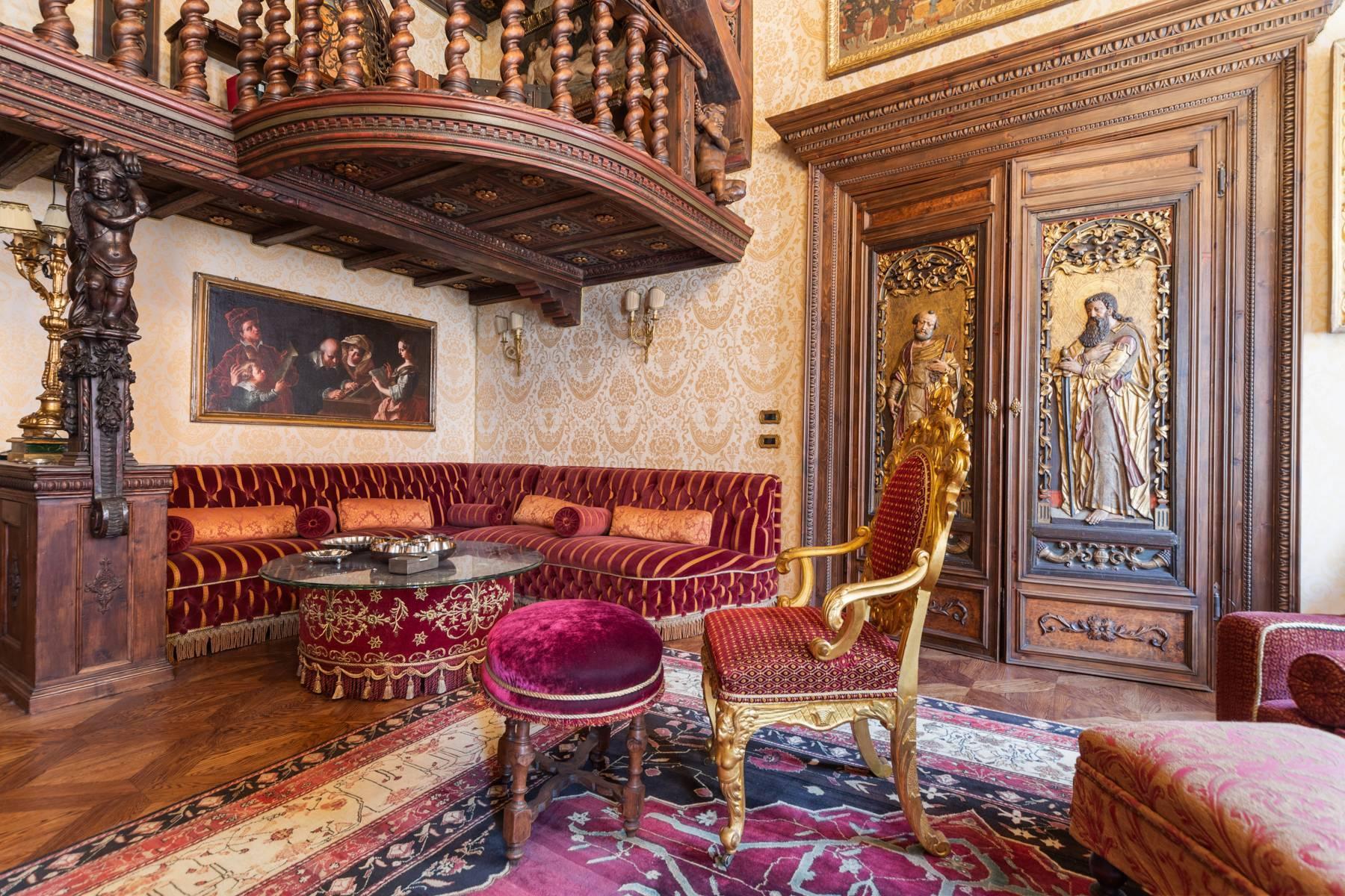 Palazzo Tanari, una perla del barocco emiliano - 27