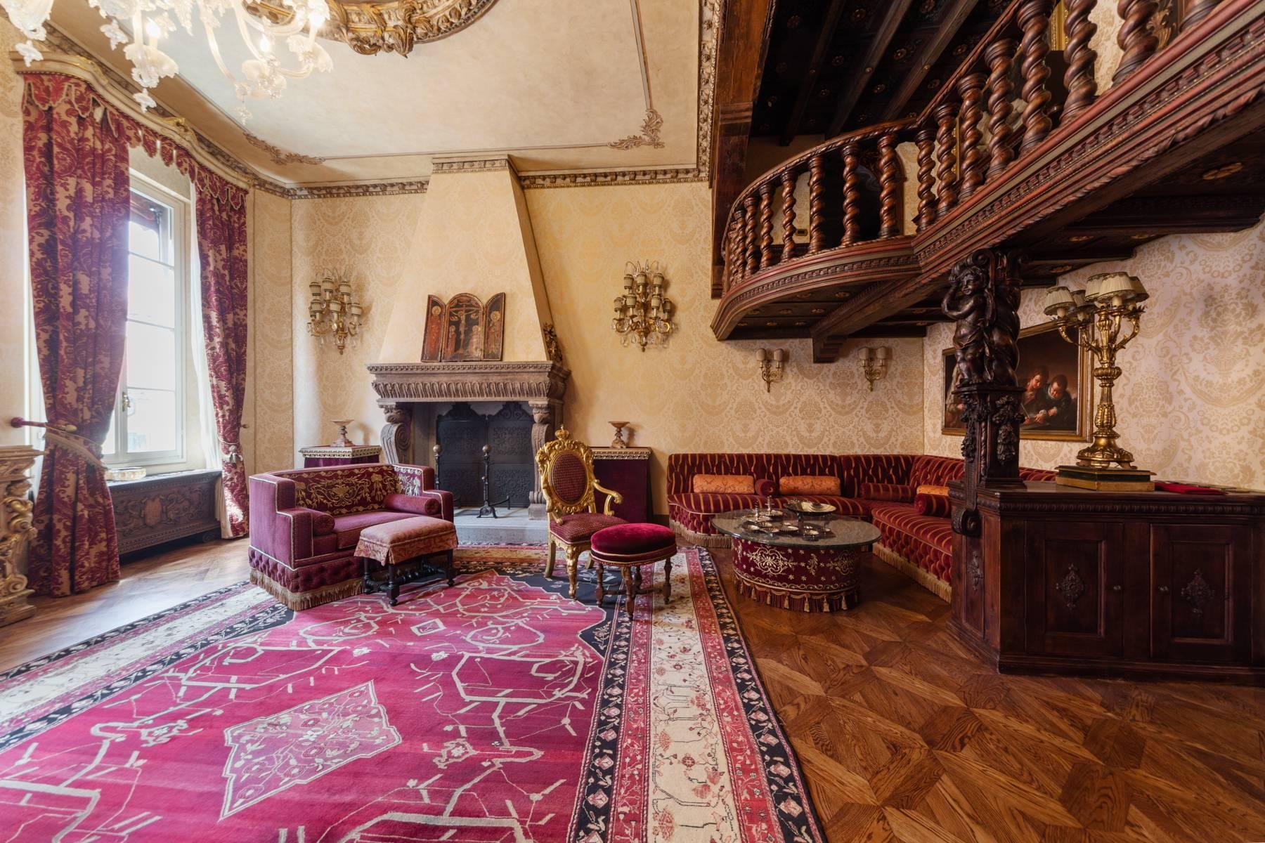 Palazzo Tanari, una perla del barocco emiliano - 28