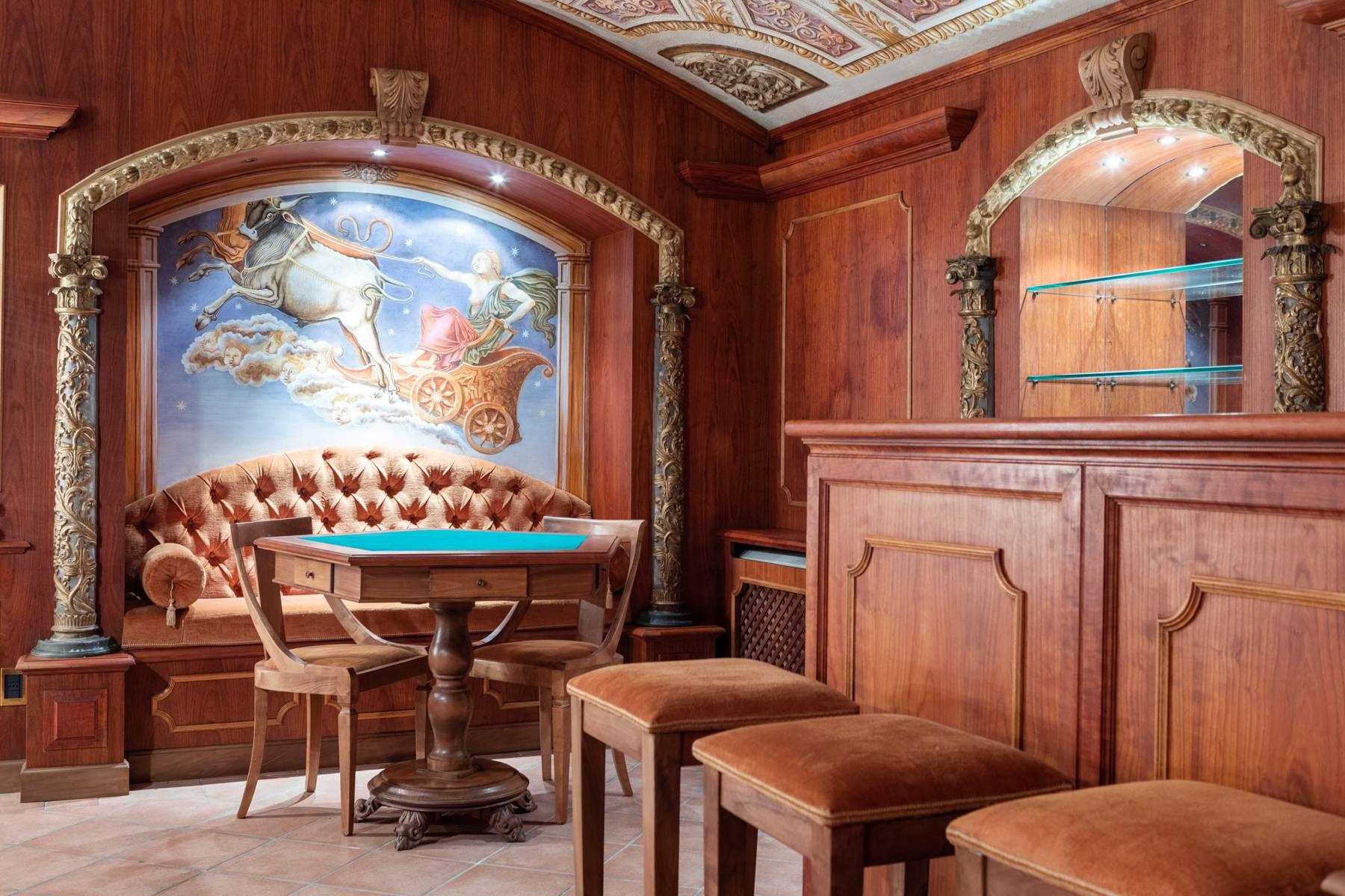 Palazzo Tanari, una perla del barocco emiliano - 8