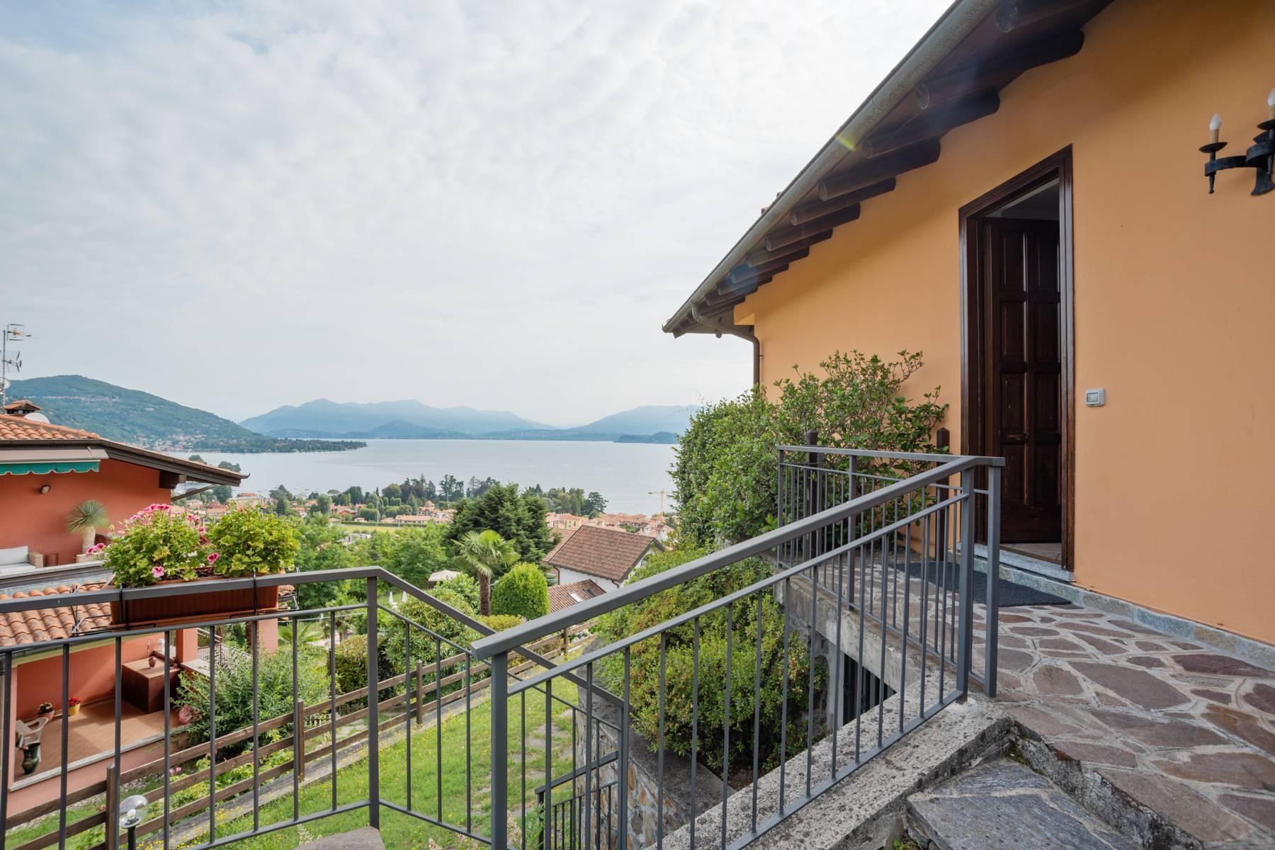 Villa sulle colline di Meina con vista lago - 24