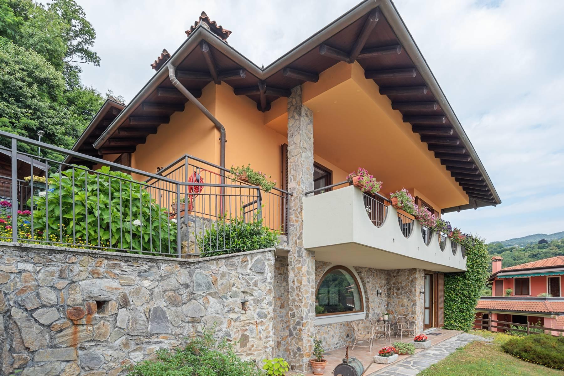 Villa sulle colline di Meina con vista lago - 29