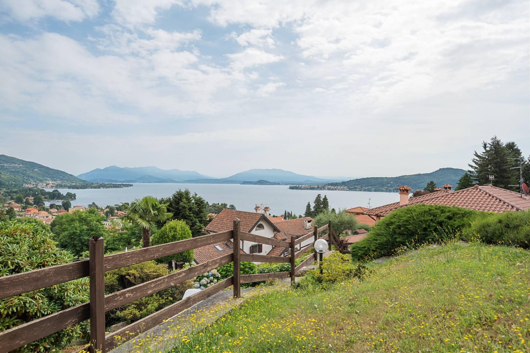 Villa sulle colline di Meina con vista lago - 6