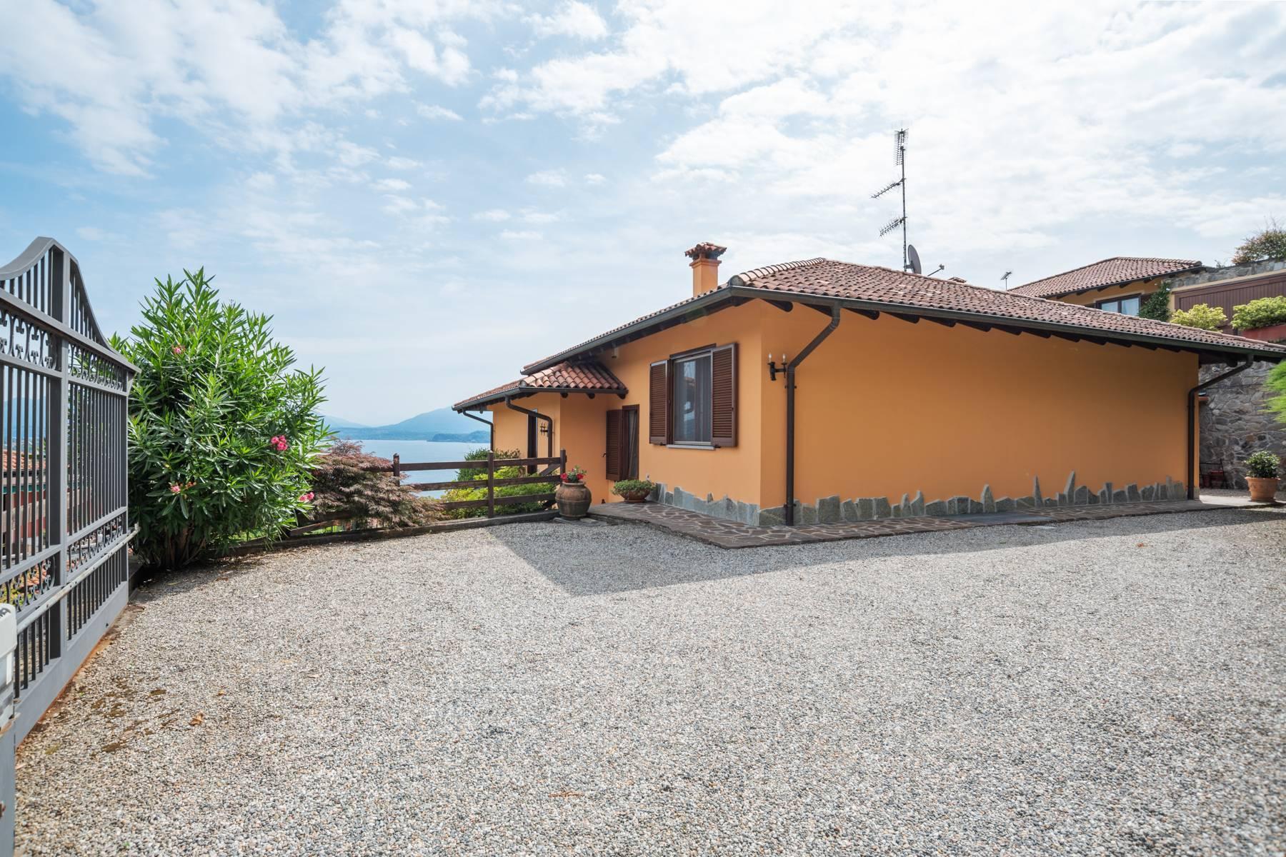 Villa sulle colline di Meina con vista lago - 33