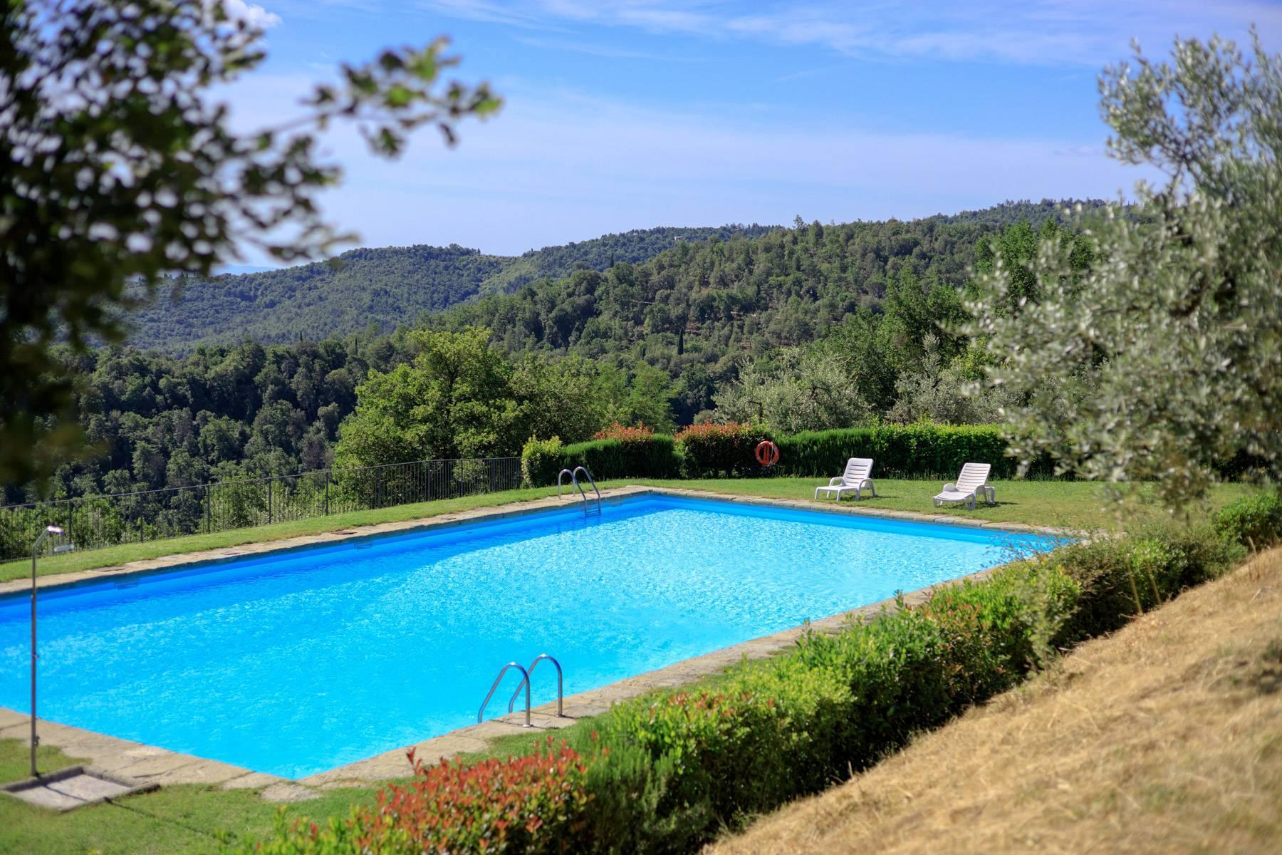 Wunderschönes Bauernhaus auf den Hügeln von Arezzo - 27