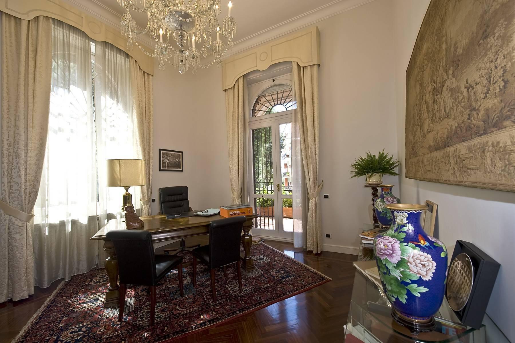 Elegante Villa mit privatem Garten - 13