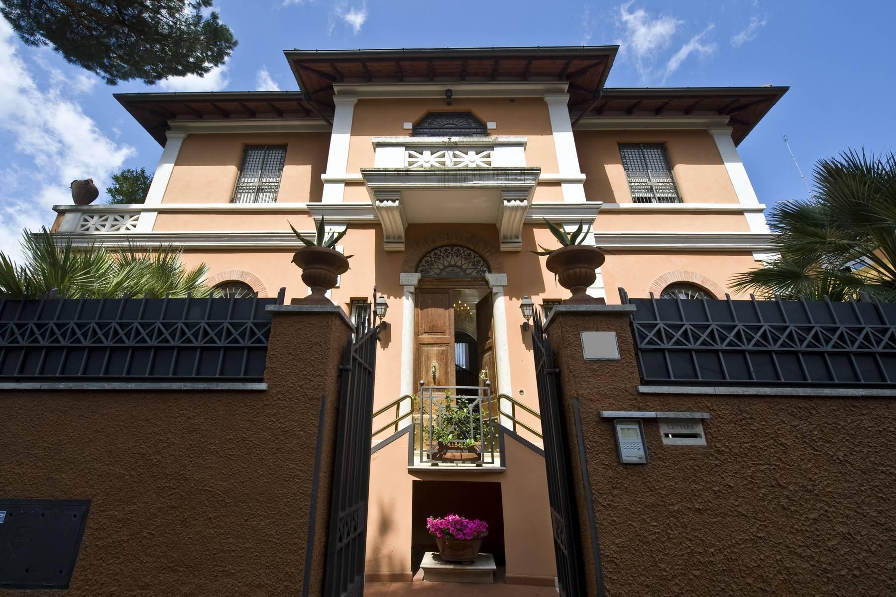 Lussuosa villa con giardino privato - 1